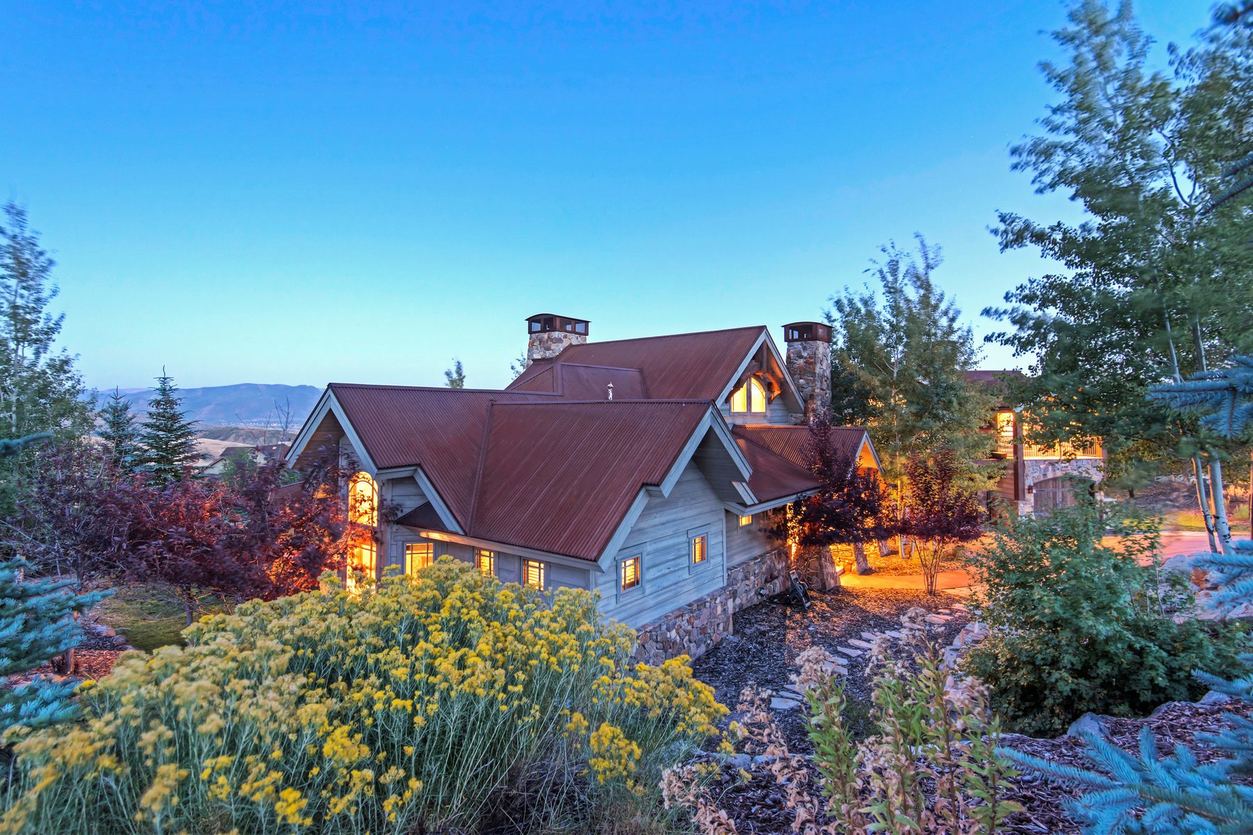 Additional photo for property listing at Traditional Elegance In Promontory's Most Exclusive Neighborhood 8450 N Sunrise Lp Park City, Utah 84098 United States