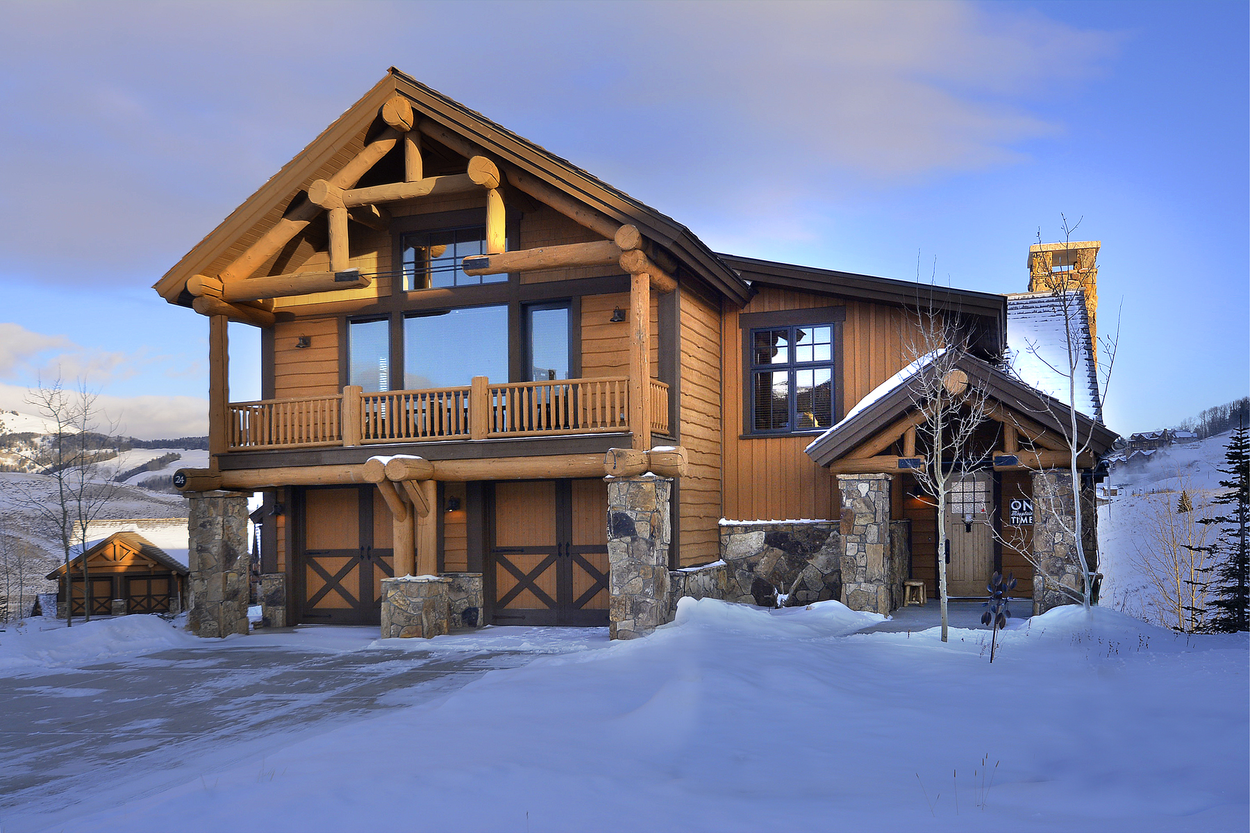 Casa Unifamiliar por un Venta en Expansive Home with Unobstructed Views 24 Appaloosa Road Mount Crested Butte, Colorado, 81225 Estados Unidos