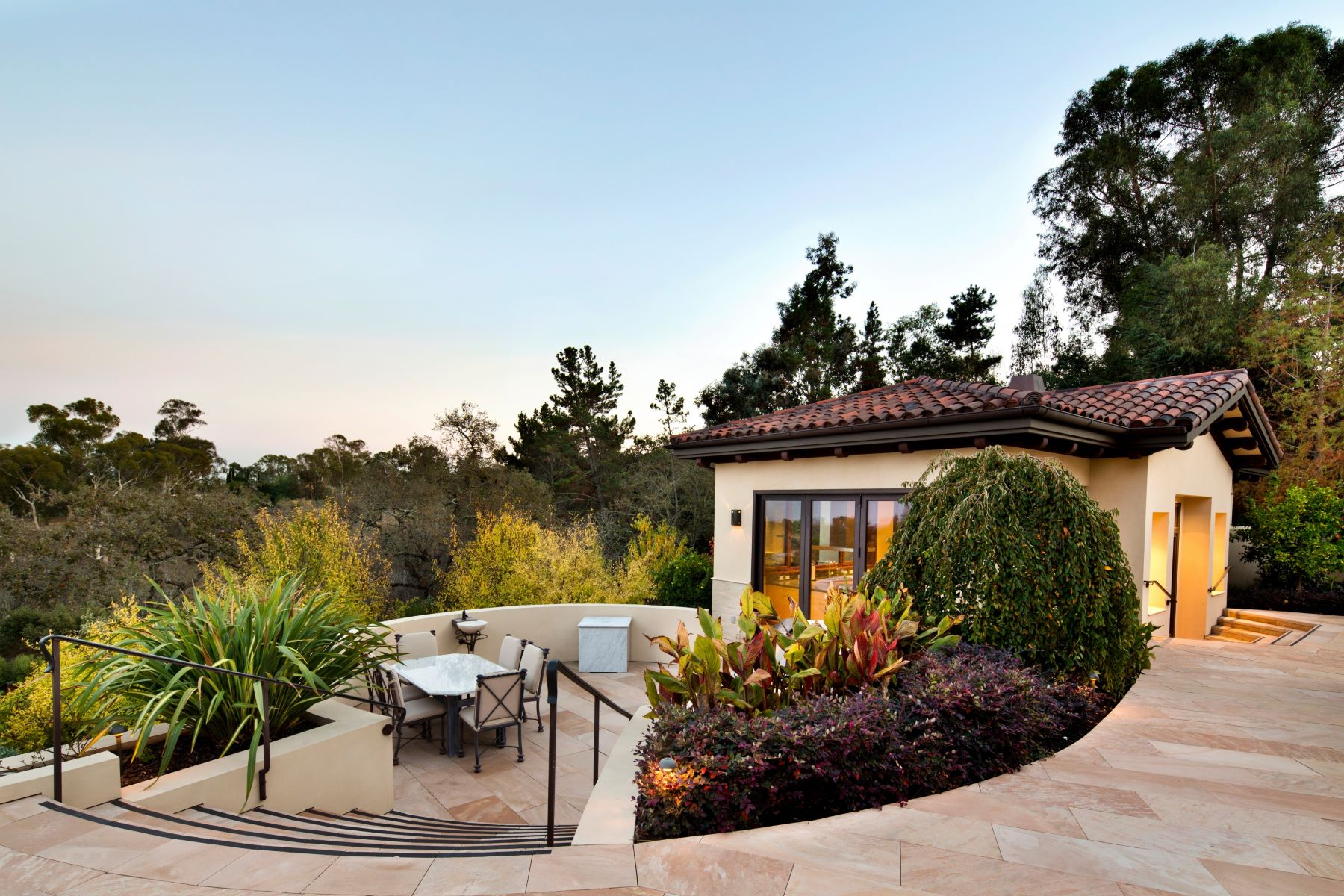 Additional photo for property listing at Silicon Valley Estate  Los Altos Hills, California 94022 United States