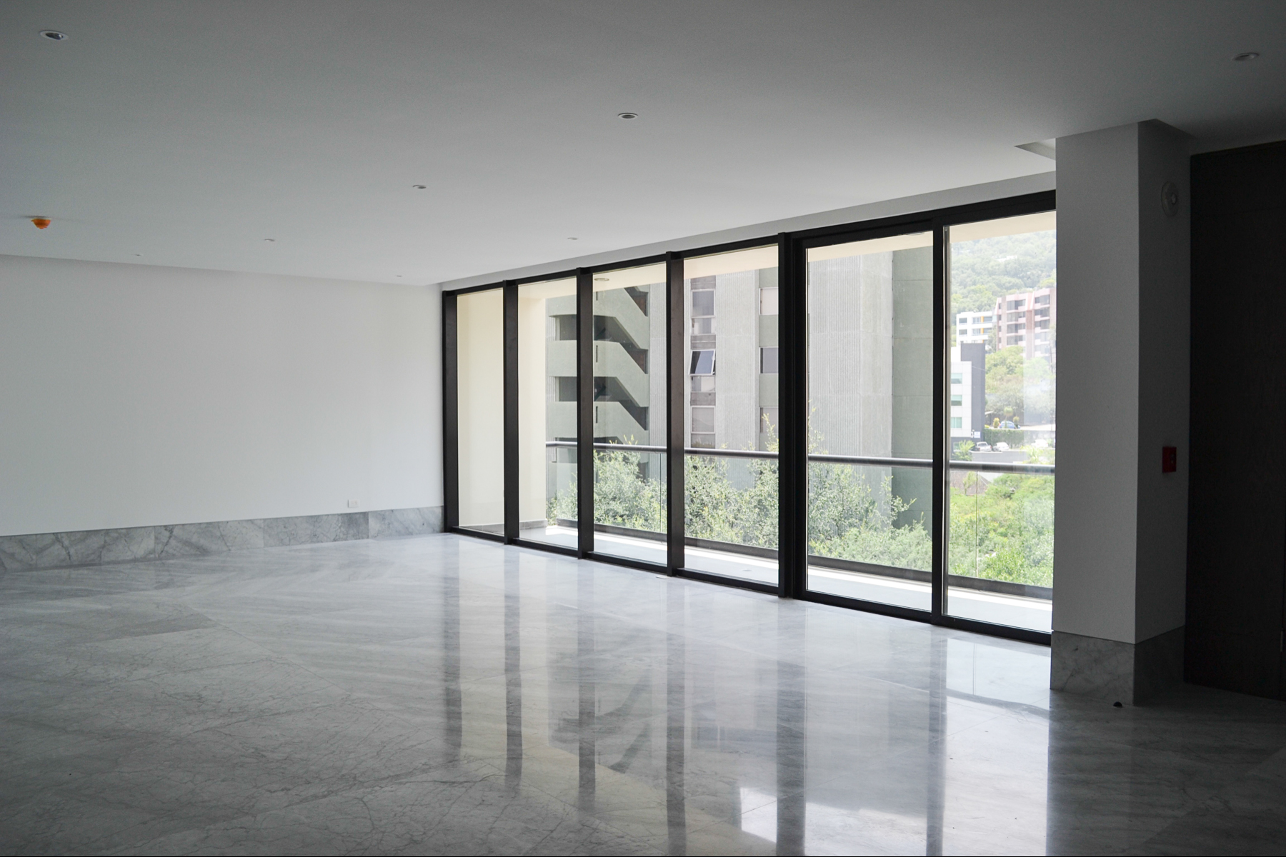 Additional photo for property listing at Torre Chambord San Pedro Garza Garcia, Nuevo Leon Mexico