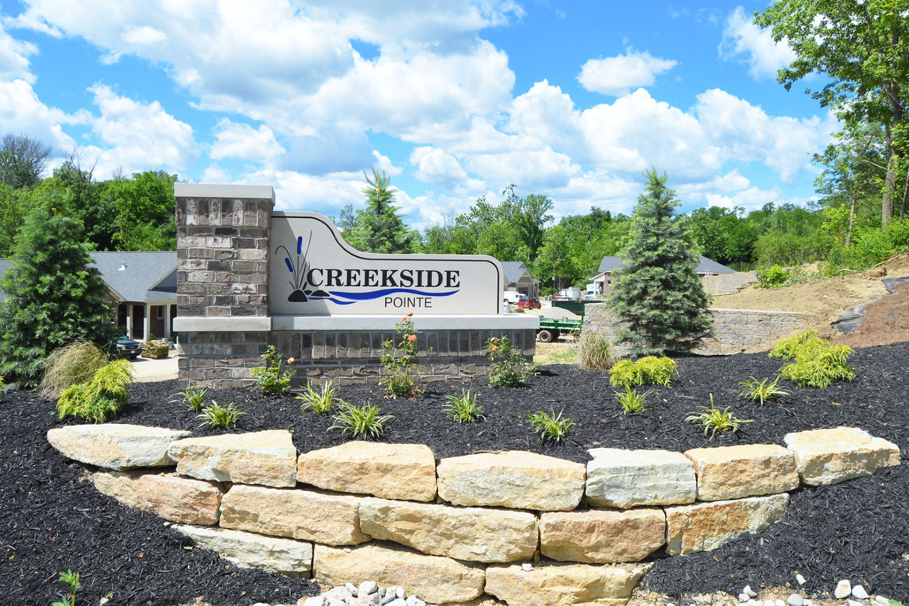 Single Family Home for Sale at Creekside Pointe 4020 Creekside Pointe 9415 Plainfield Rd. - GPS Coordinates Blue Ash, Cincinnati, Ohio, 45236 United States