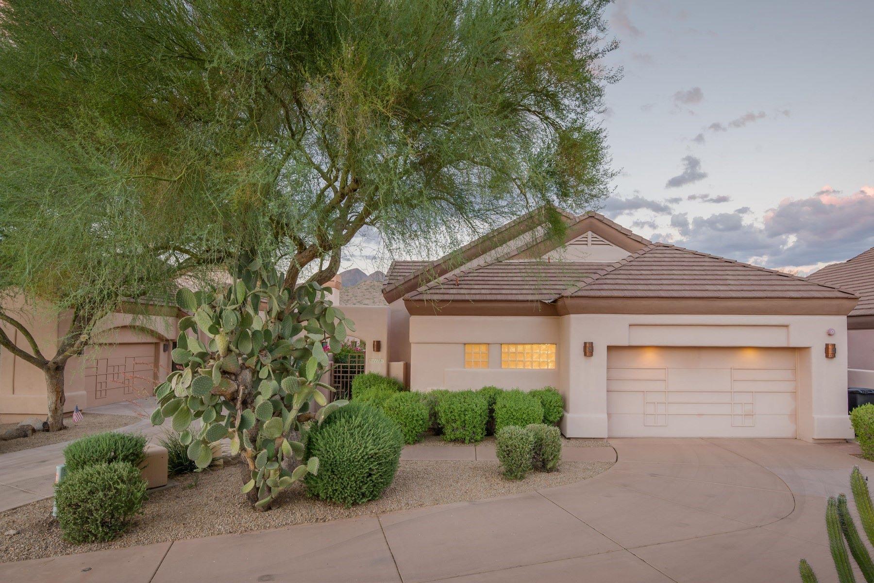 Maison en rangée pour l Vente à Single level home within the Ancala Golf Course community 11781 E Cortez Drive Scottsdale, Arizona, 85259 États-Unis