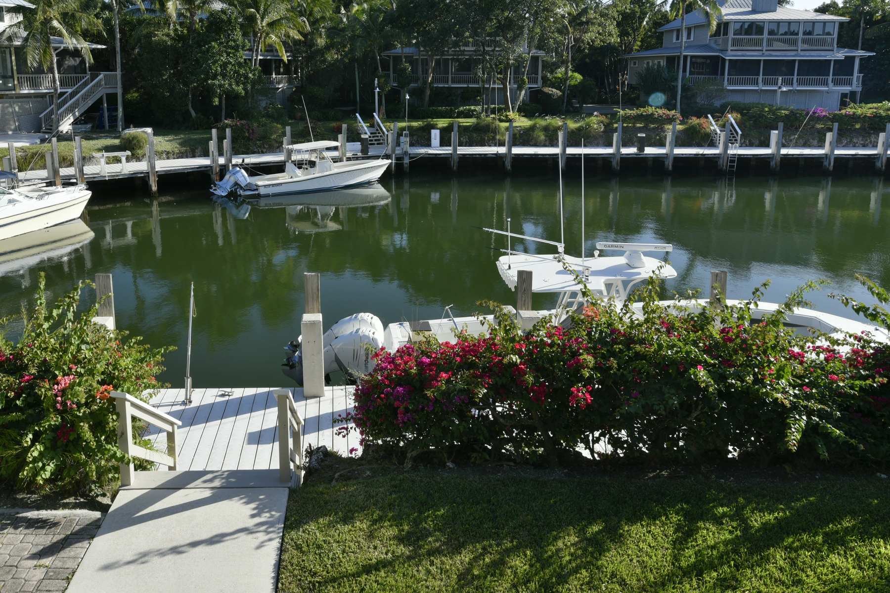 Additional photo for property listing at Key Largo Anglers Club - Beautifully Renovated Cottage 18 South Island Drive Key Largo, 佛羅里達州 33037 美國