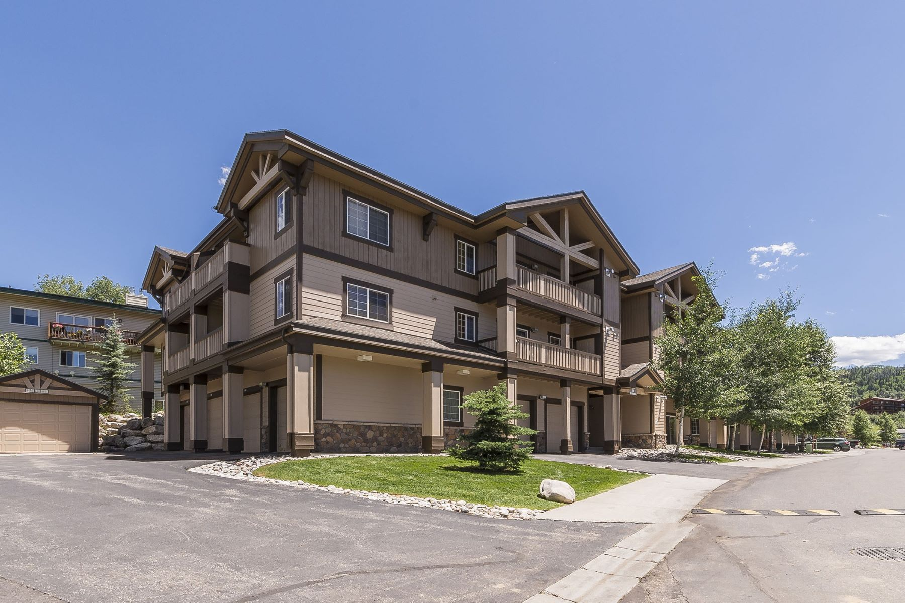 Condominium for Sale at Sunray Meadows Condo 3335 Columbine Drive #907 Steamboat Springs, Colorado 80487 United States