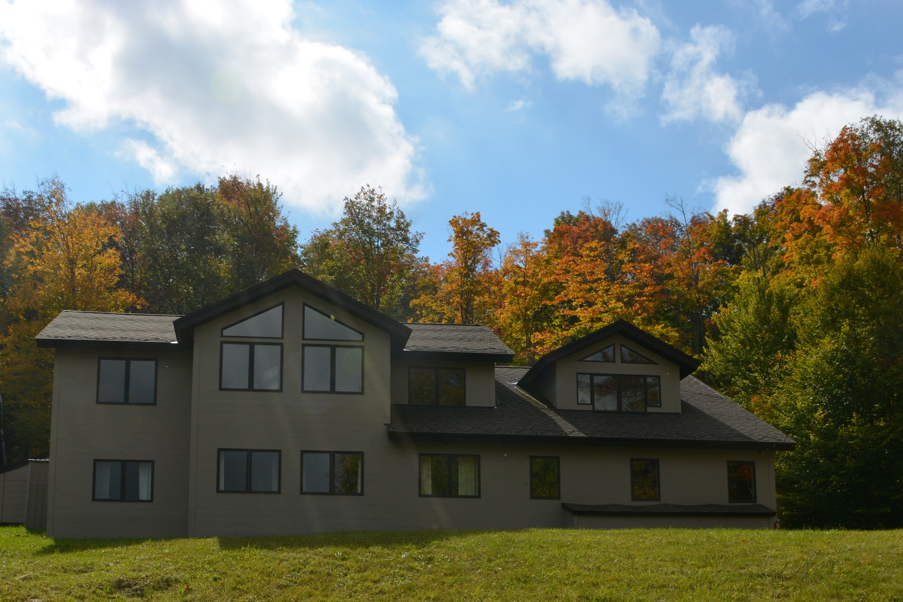 Casa Unifamiliar por un Venta en Contemporary Gem 2192 Lynds Hill Road Plymouth, Vermont, 05056 Estados Unidos