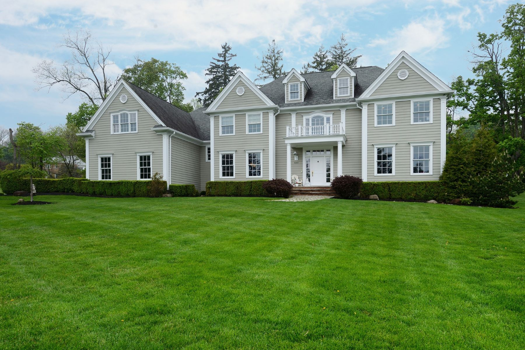 Single Family Home for Sale at Stately Revival Style Colonial 530 North Broadway Upper Nyack, New York 10960 United States