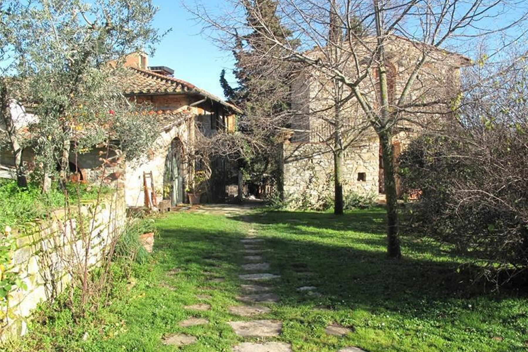 Additional photo for property listing at Lovely hamlet near Greve in Chianti Via San Cresci Greve In Chianti, Florence 50022 Italien