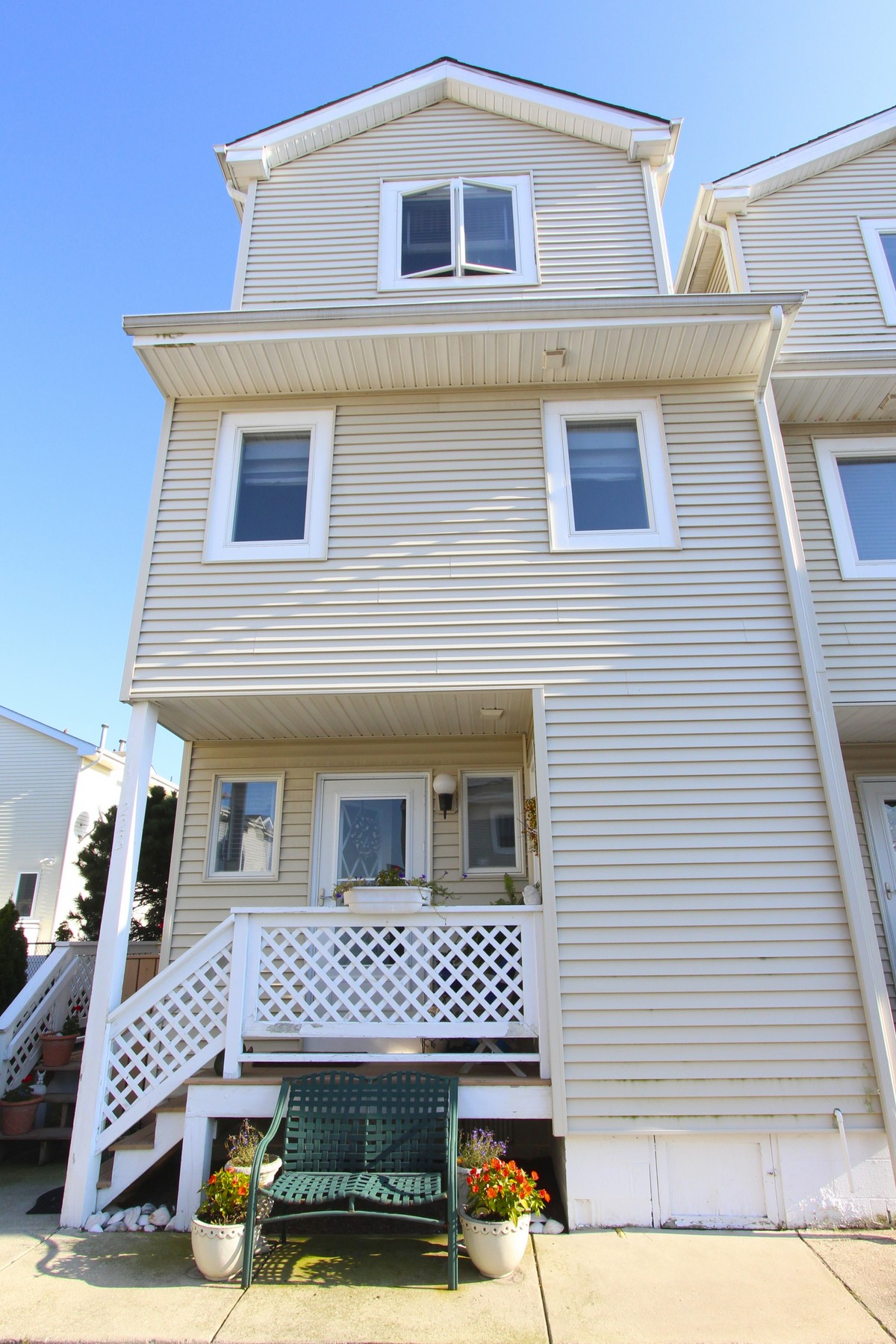 Townhouse for Sale at 223 N 36th Avenue 223 N 36th Avenue UNIT 3 Longport, New Jersey 08403 United States