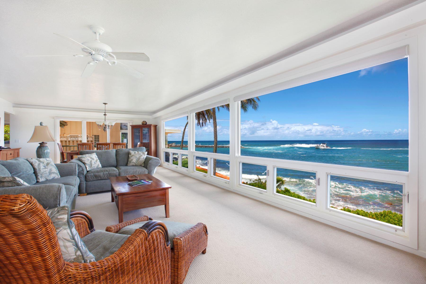 Maison unifamiliale pour l Vente à Po`ipu Beach Front 4516 Lawai Rd Koloa, Hawaii 96756 États-Unis