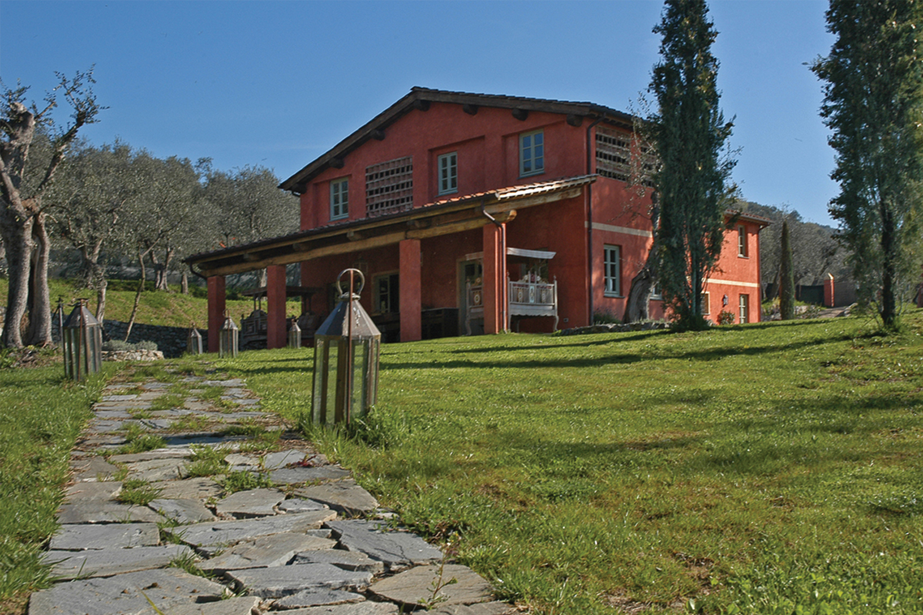 Additional photo for property listing at Country home near Lucca Lucca, Lucca Italy