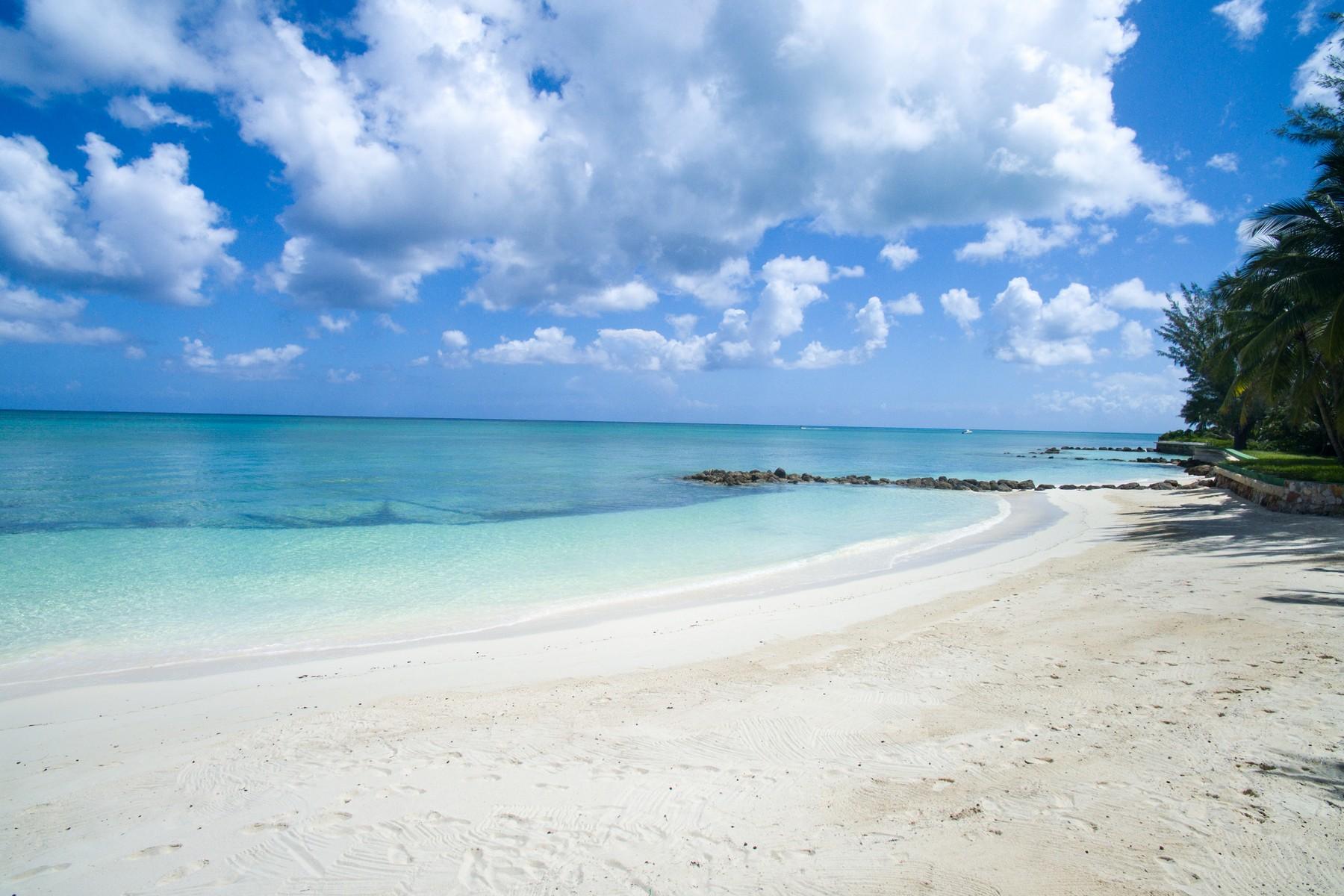 Additional photo for property listing at Lucaya Lyford Cay, Nassau And Paradise Island Bahamas