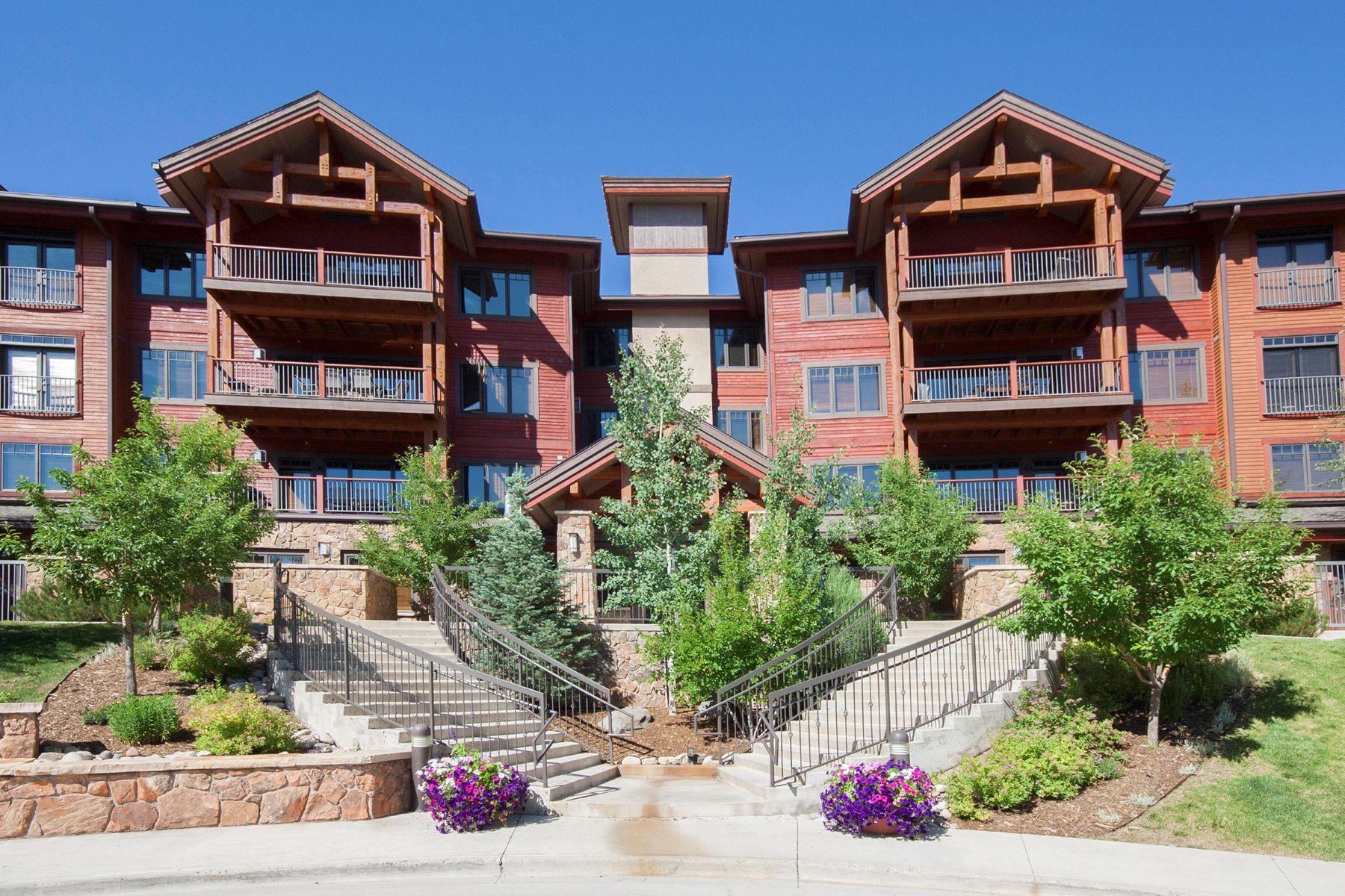 Copropriété pour l Vente à Emerald Lodge Condo 1800 Medicine Springs Dr. #5209 Steamboat Springs, Colorado, 80487 États-Unis