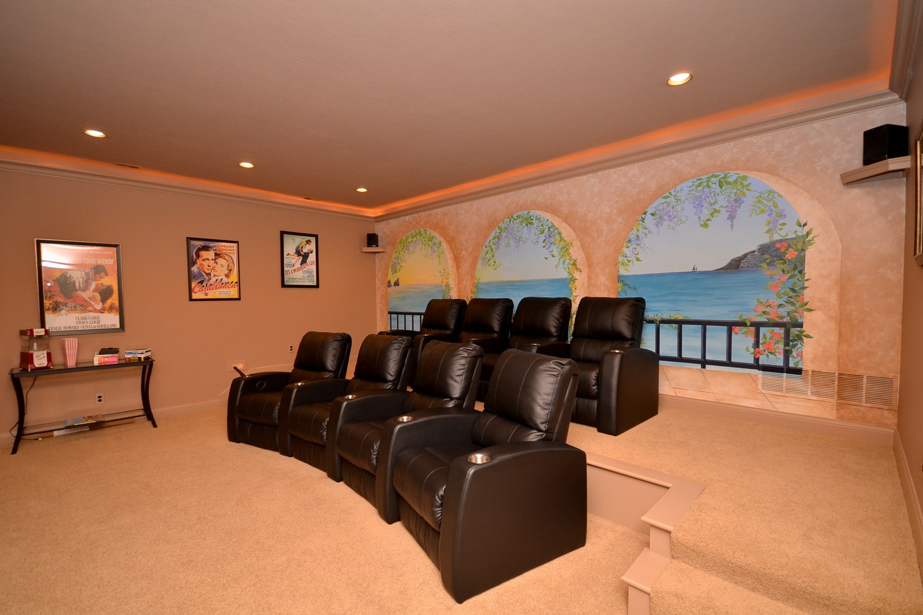 Additional photo for property listing at Incredible Home on 1.42 Acres 410 Breakwater Drive Fishers, 印第安纳州 46037 美国