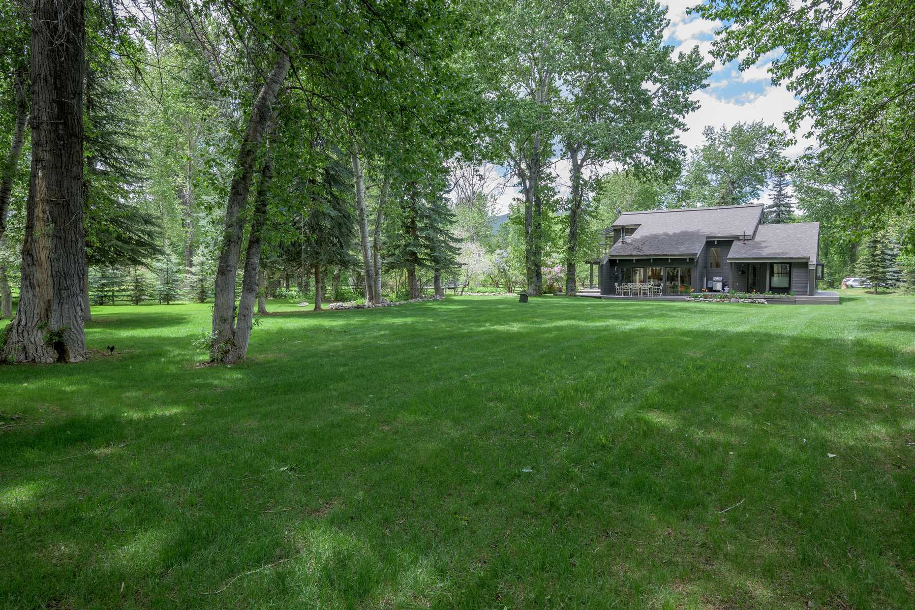 Additional photo for property listing at Zinc Spur Gem 213 Willow Road Hailey, Idaho 83333 États-Unis
