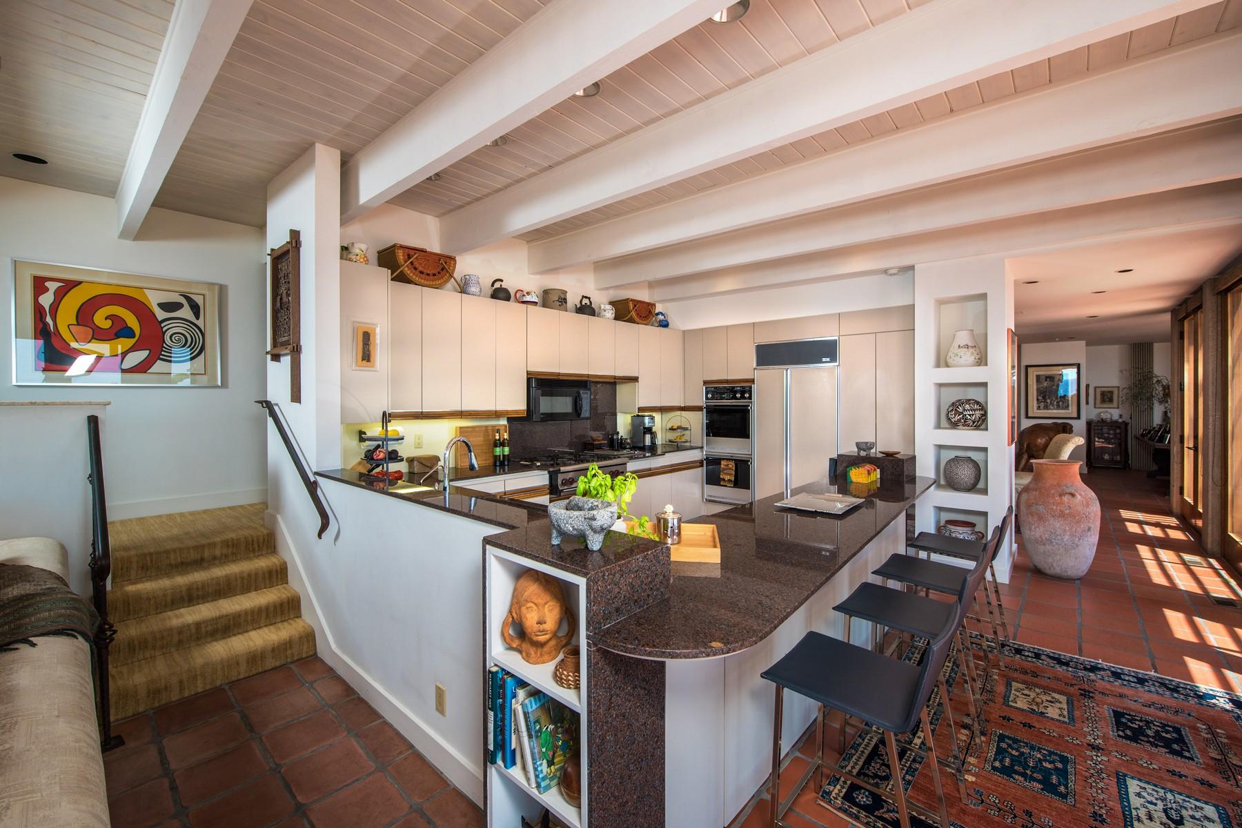 Additional photo for property listing at 310 Forward Street  拉荷亚, 加利福尼亚州 92037 美国