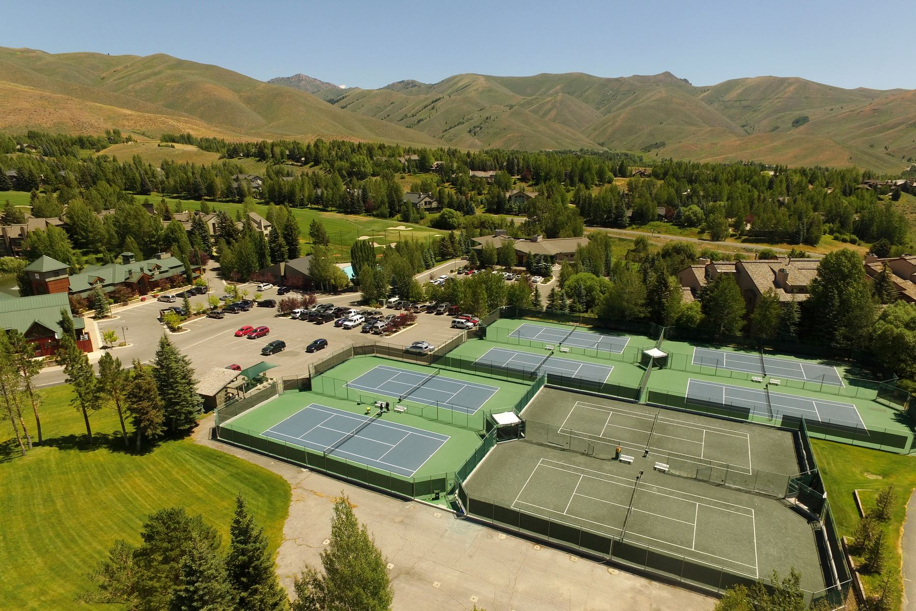 Additional photo for property listing at Affordable Sutio 113 Angani Way #2058 Sun Valley, Idaho 83353 United States