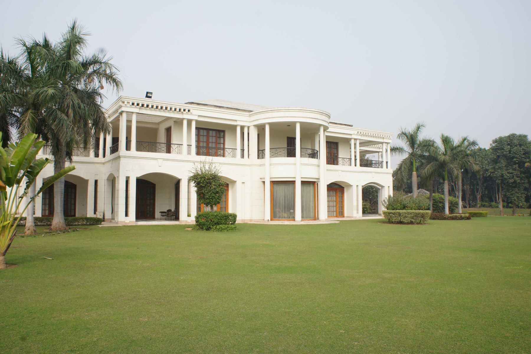 Farm / Ranch / Plantation for Sale at Farmhouse in Westend Greens West End Green, Shivji Marg New Delhi, Delhi, 110038 India