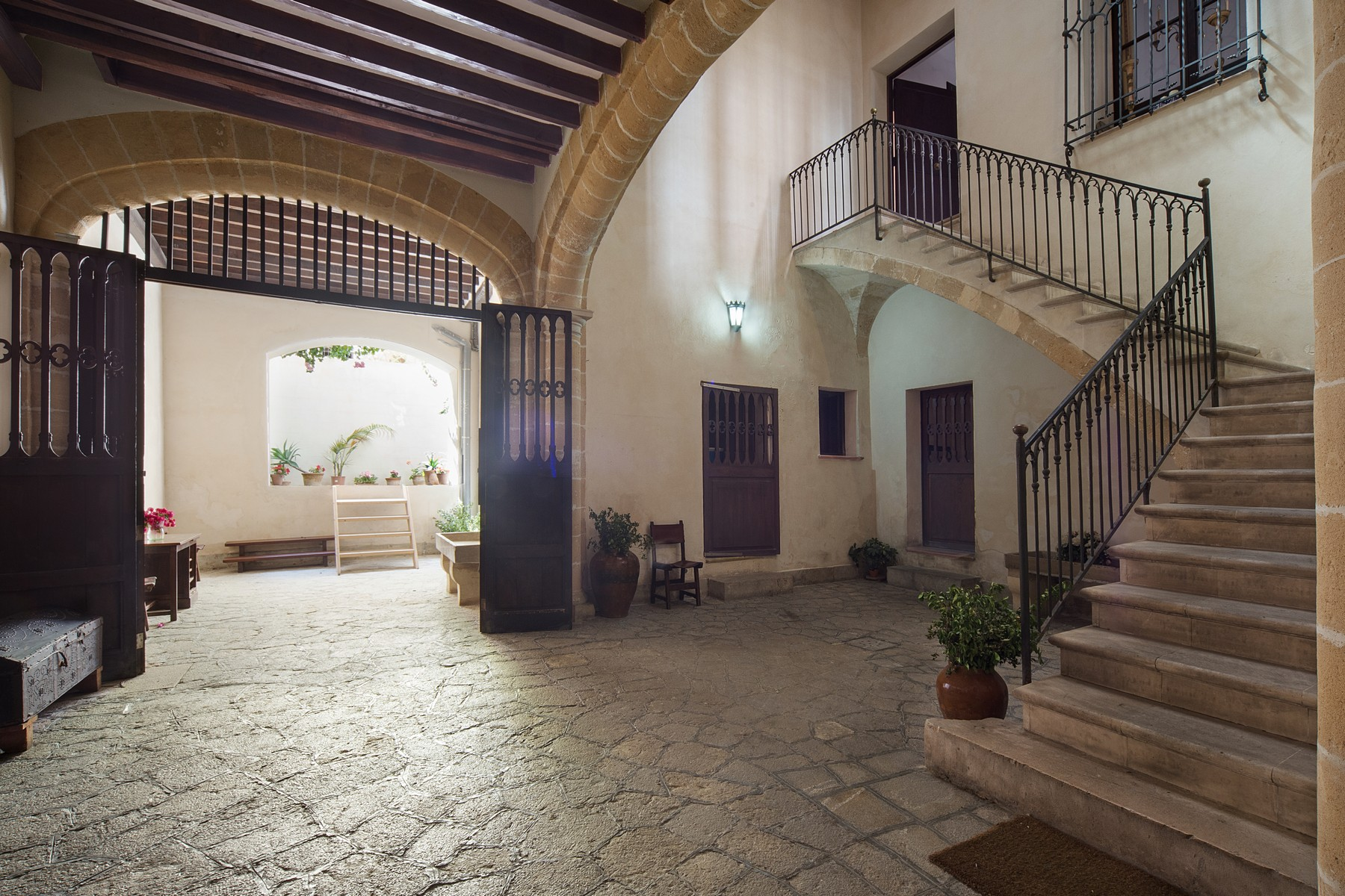 Villa per Vendita alle ore Historical Manor House in Palma Other Balearic Islands, Balearic Islands, Spagna