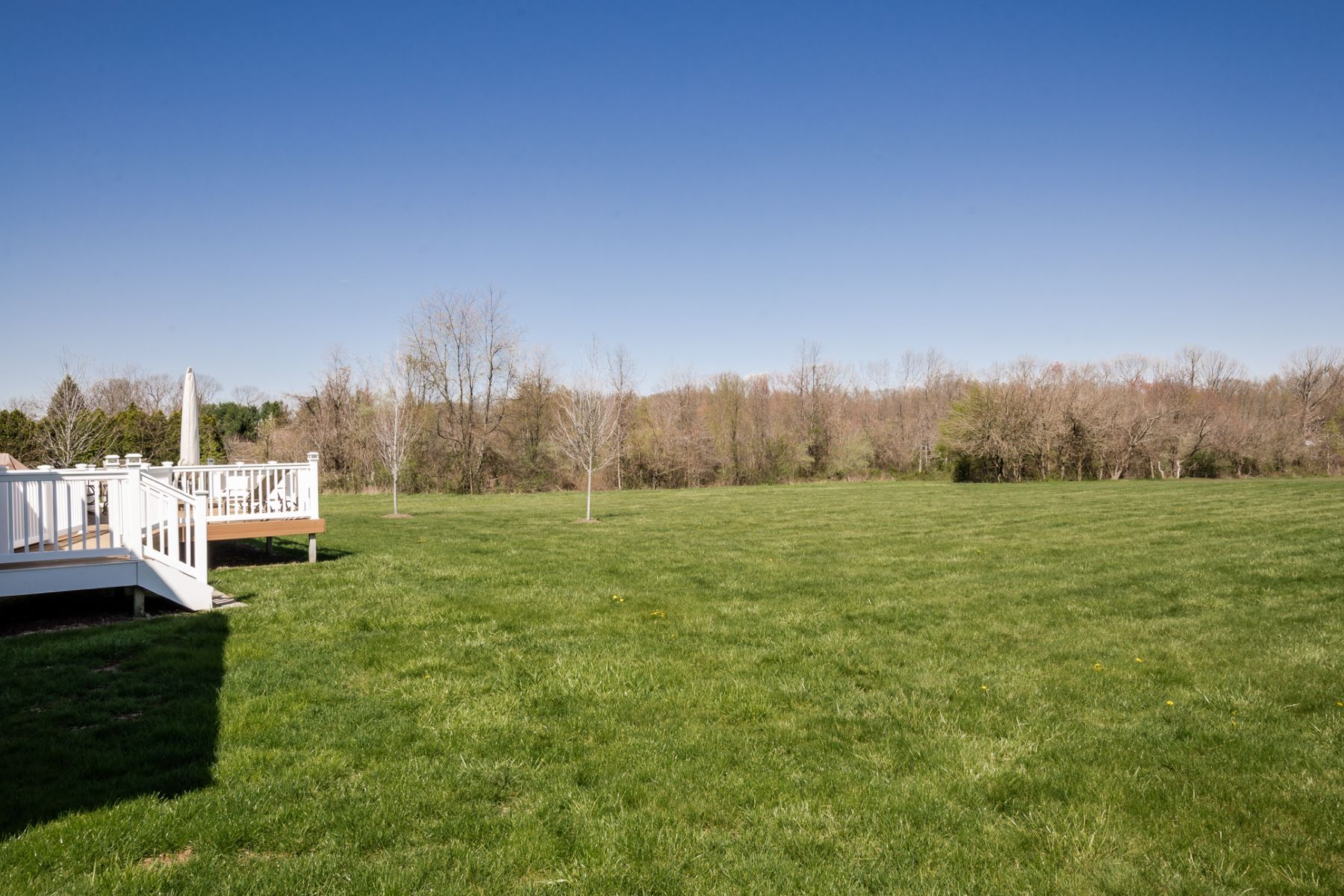 Additional photo for property listing at Farmland Views from this Generous Colonial 180A Friendship Road Cranbury, New Jersey 08512 États-Unis