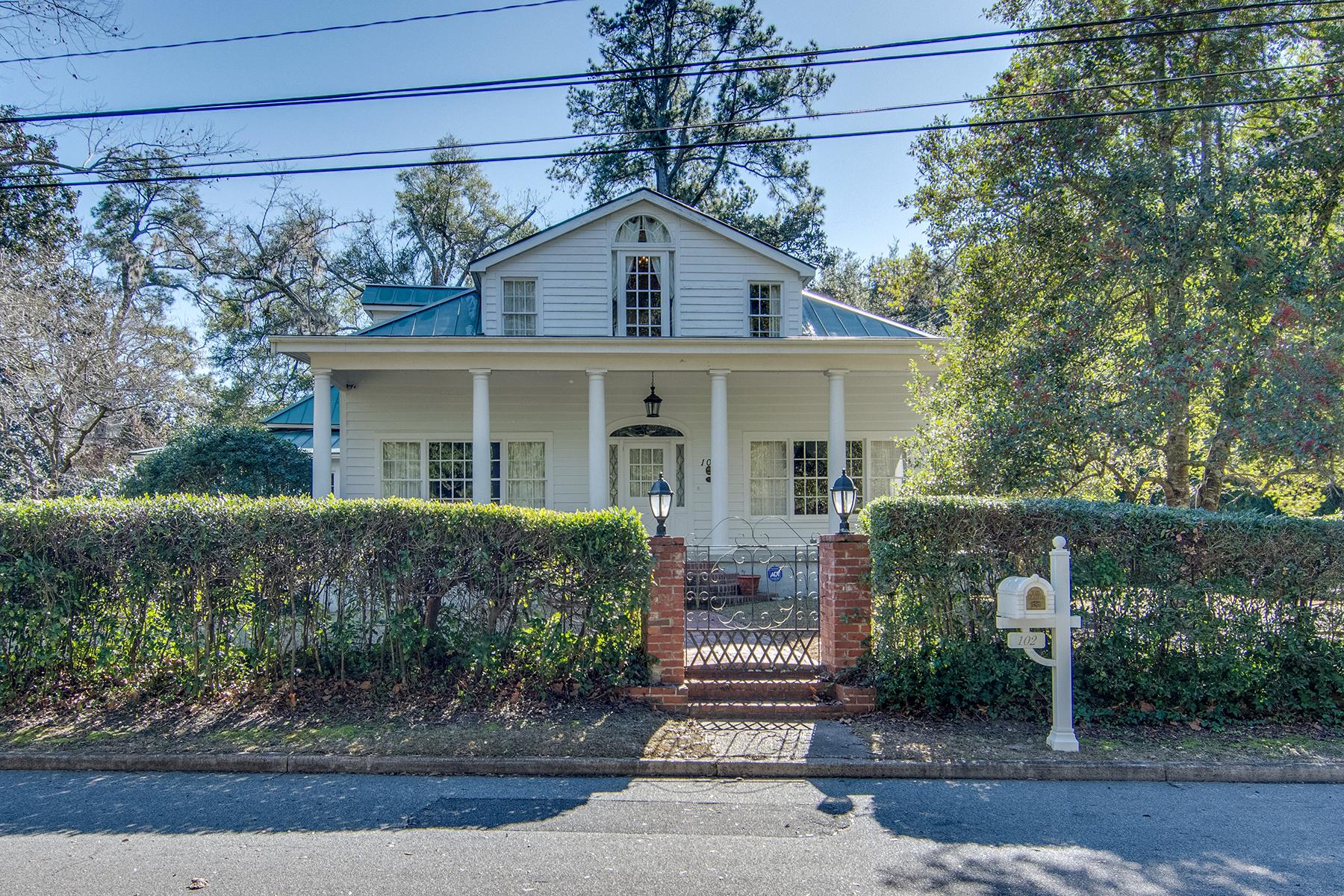 Villa per Vendita alle ore 102 Webb Street Walterboro, Carolina Del Sud, 29488 Stati Uniti