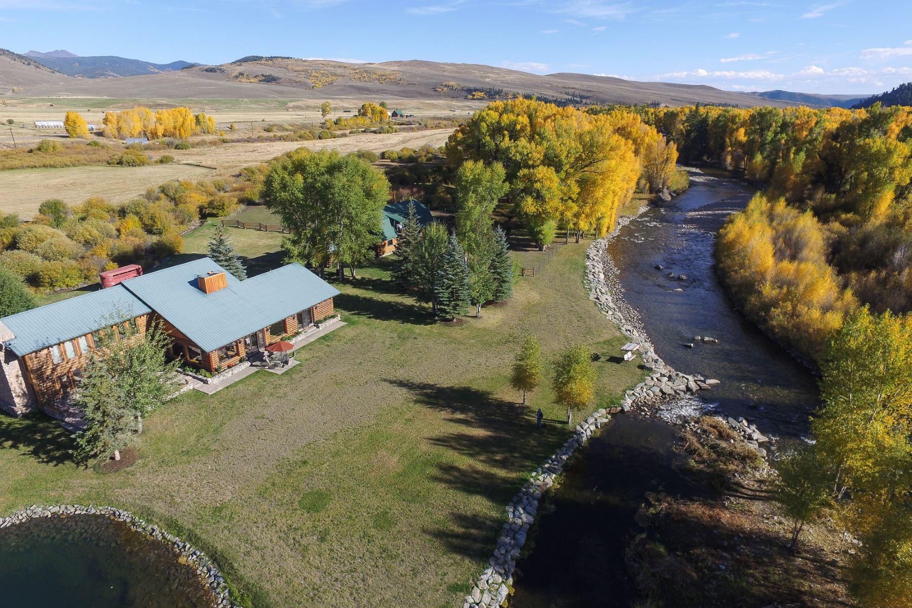Fattoria / ranch / campagna per Vendita alle ore Spectacular Retreat on the East River 15533 State Highway 135 Almont, Colorado, 81210 Stati Uniti