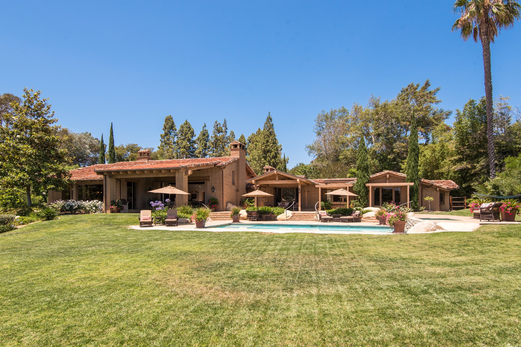 Additional photo for property listing at 6083 Mimulus  Rancho Santa Fe, California 92067 United States