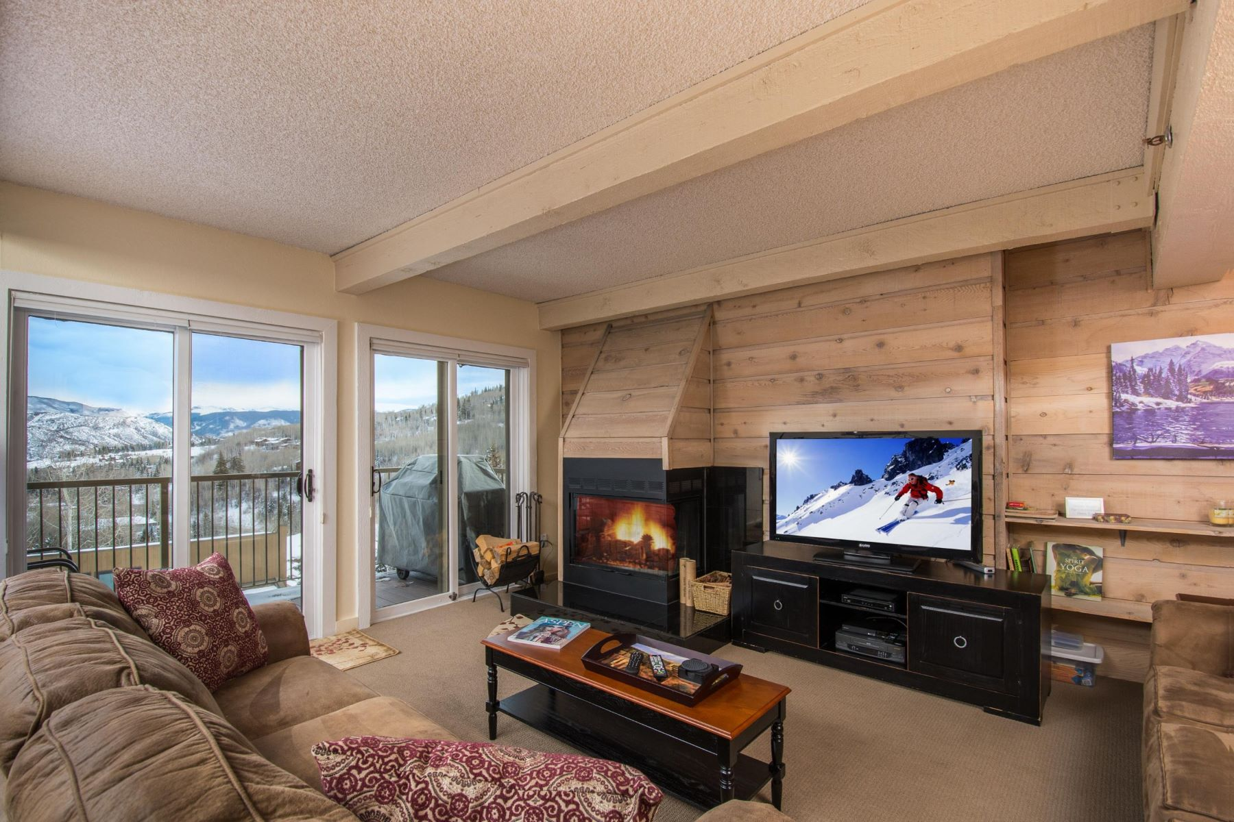Copropriété pour l Vente à Snowmass Mountain Condominium 55 Upper Woodbridge Road, Unit J-4 Snowmass Village, Colorado, 81615 États-Unis
