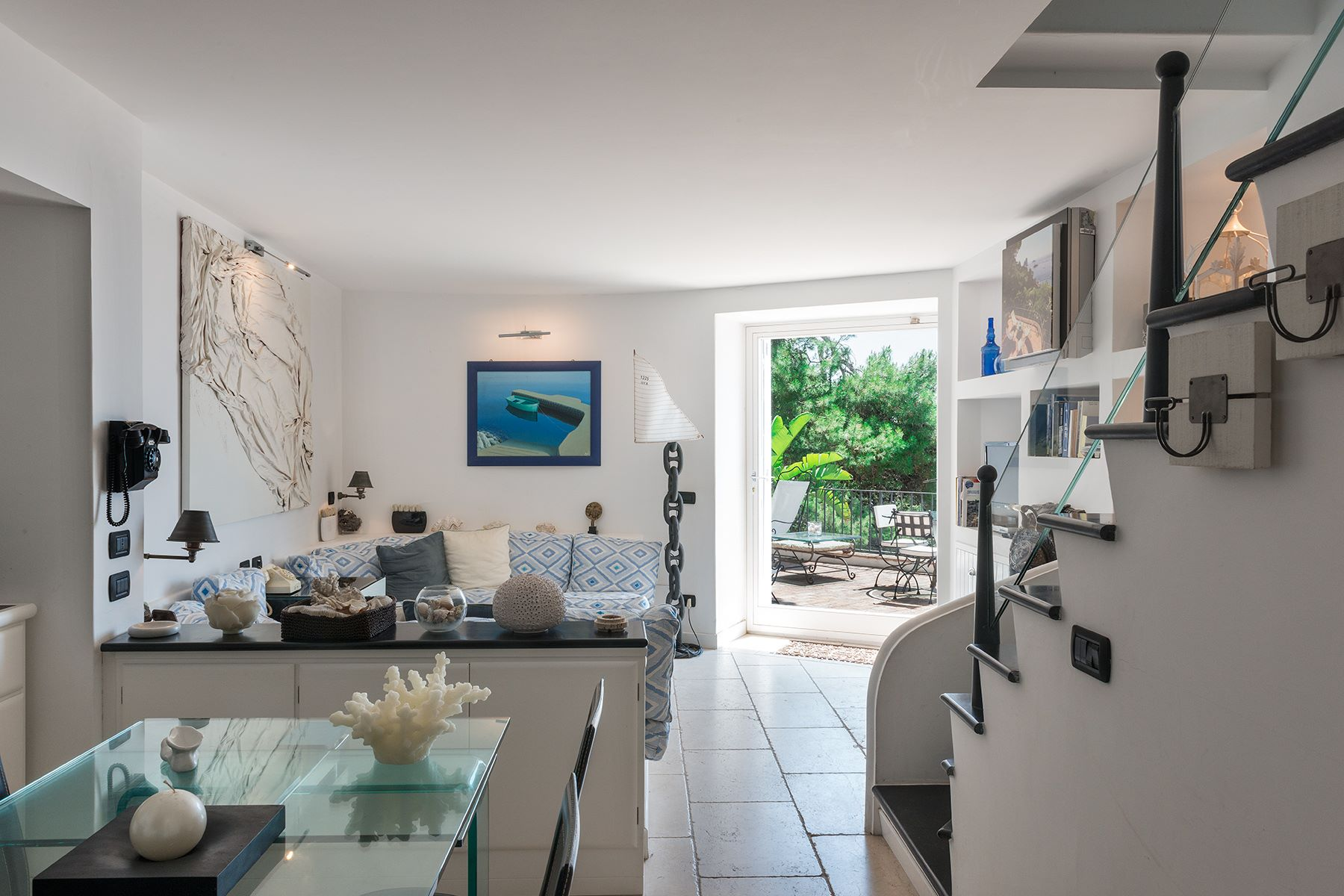 Additional photo for property listing at Villa Pieds dans l'eau in Capri Capri, Naples Italien