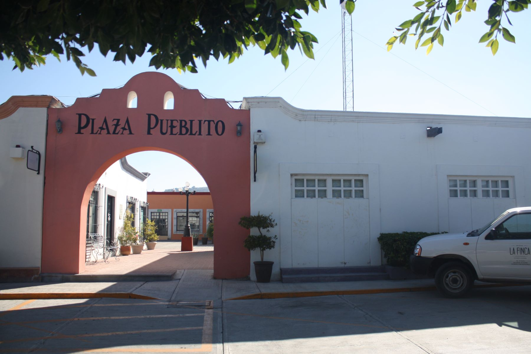 Additional photo for property listing at Plaza Pueblito San Antonio, San Miguel De Allende, Guanajuato México