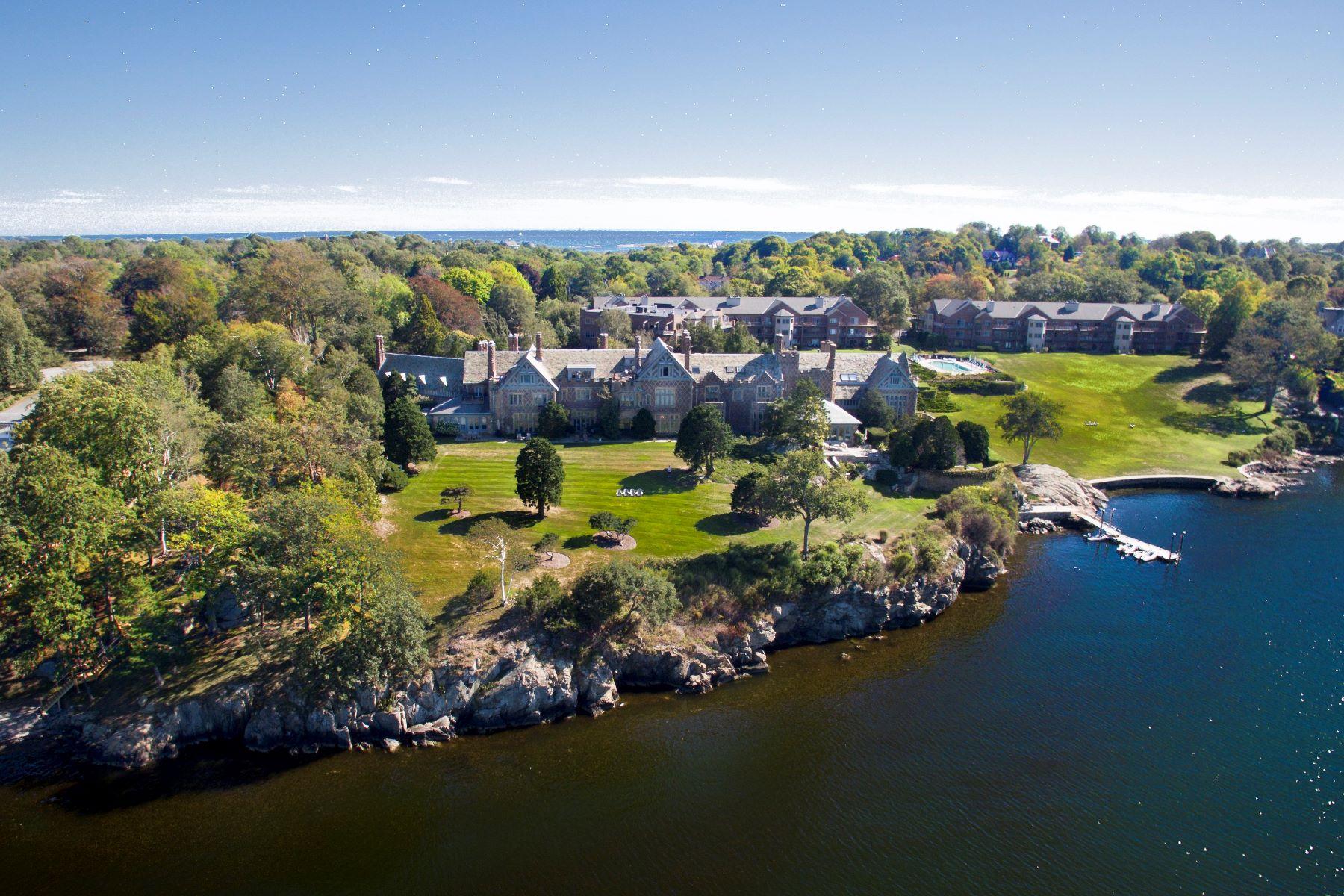 Additional photo for property listing at Bonniecrest 111 Harrison Avenue M-12 Newport, Rhode Island 02840 United States