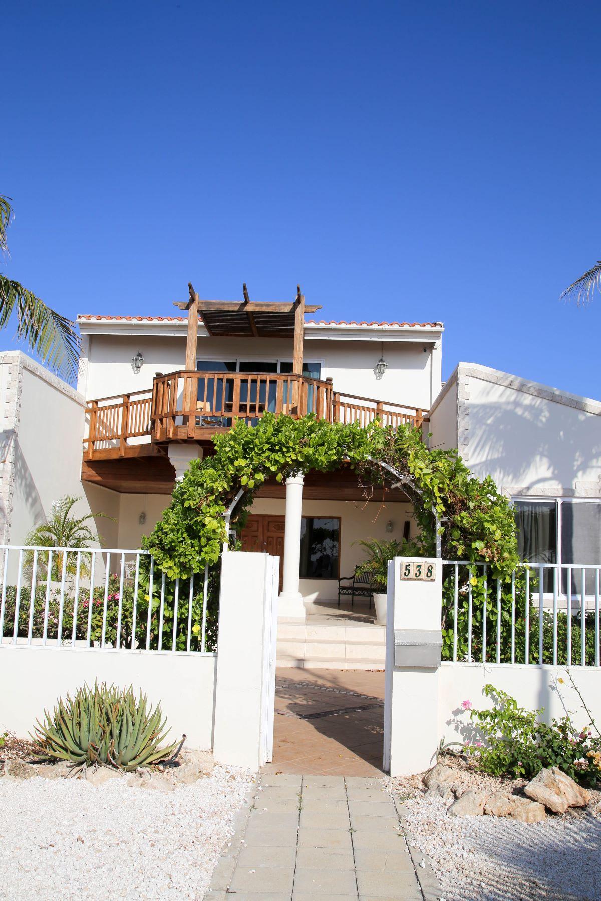Additional photo for property listing at Villa Catalina Malmok, 阿鲁巴 阿鲁巴岛