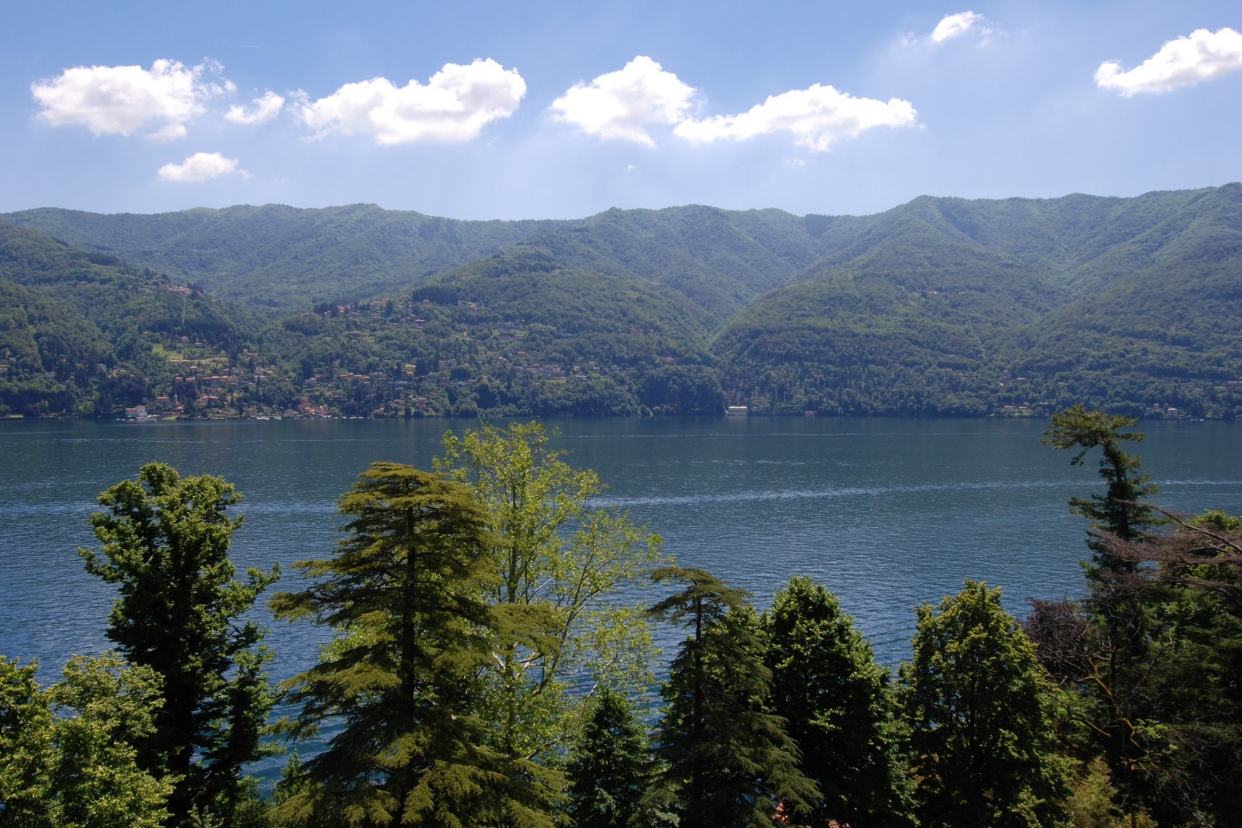 Additional photo for property listing at Attico con torretta panoramica Via Bernasconi Laglio, Como 22010 Italia
