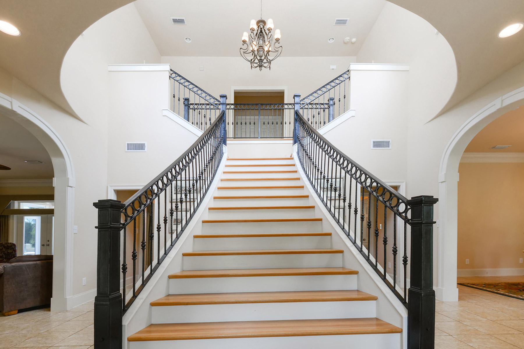 独户住宅 为 销售 在 Ono Island Custom Home on Ono Harbour 31039 Peninsula Dr. Orange Beach, 阿拉巴马州, 36561 美国