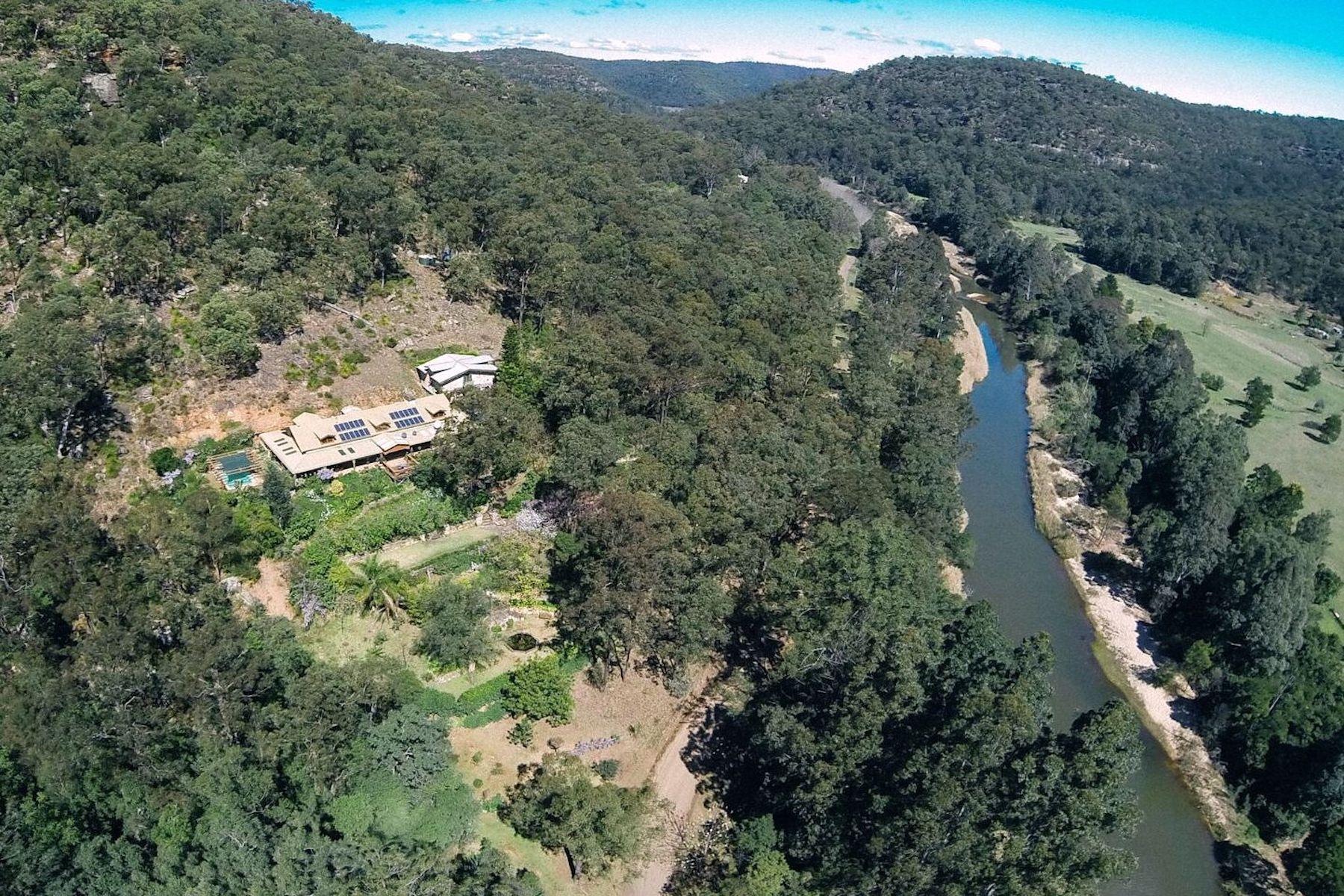 Otras residenciales por un Venta en St Albans Address available upon request Sydney, New South Wales 2775 Australia