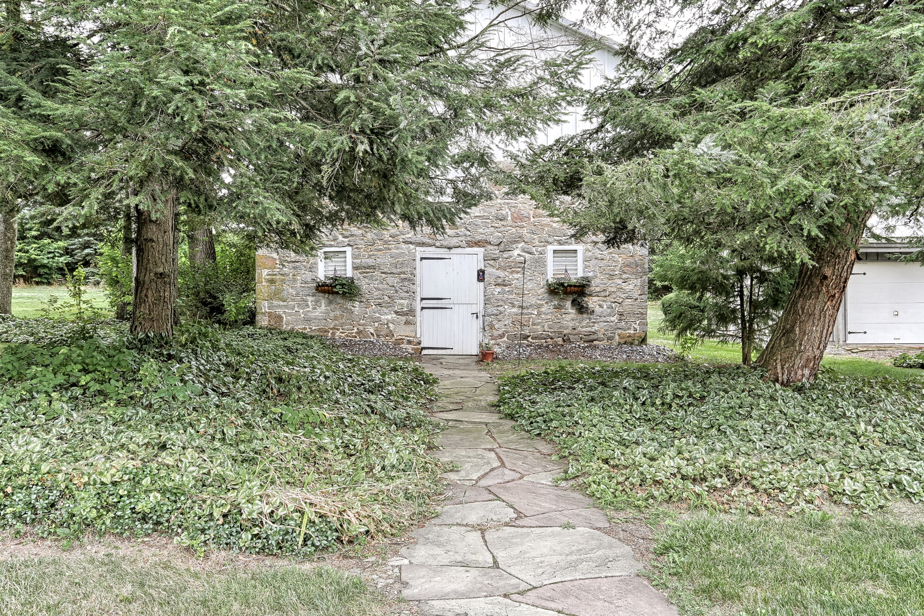 Additional photo for property listing at 2408 Walnut Bottom Road  Carlisle, 宾夕法尼亚州 17015 美国