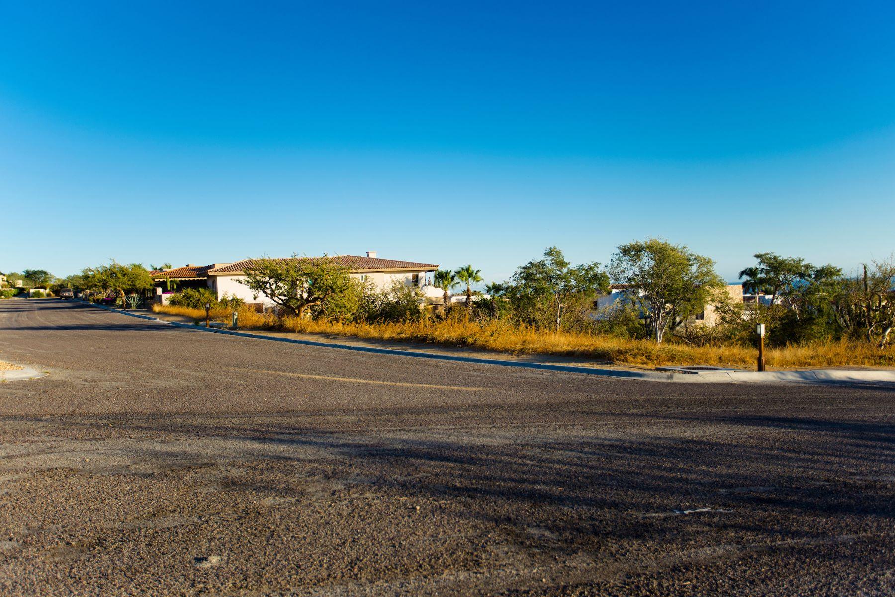 Additional photo for property listing at Rancho Paraíso Heights E-11 Cabo San Lucas, Baja California Sur Mexico