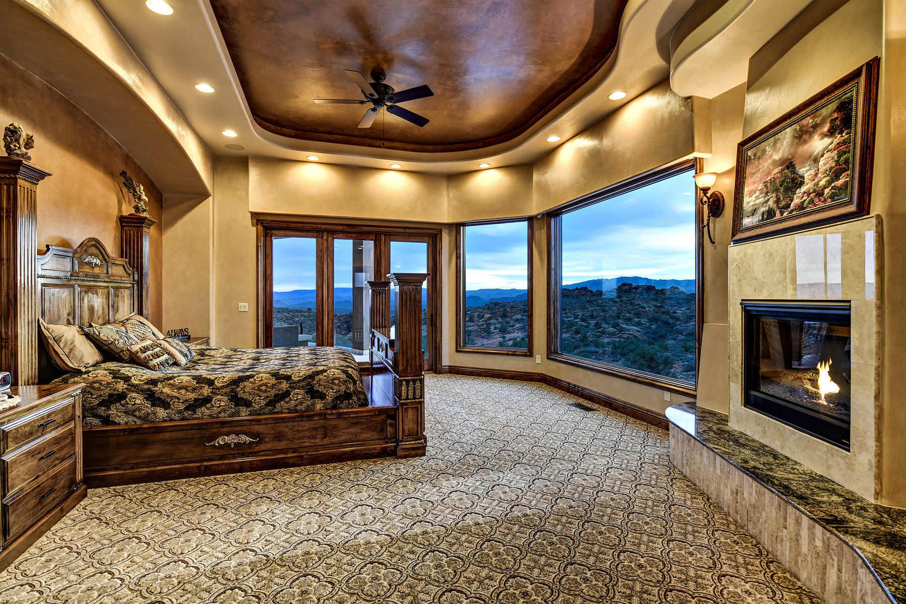Additional photo for property listing at Spectacular Home with Unobstructed Views Overlooking Snow Canyon State Park 4549 N Painted Sky Dr St. George, Utah 84770 Estados Unidos