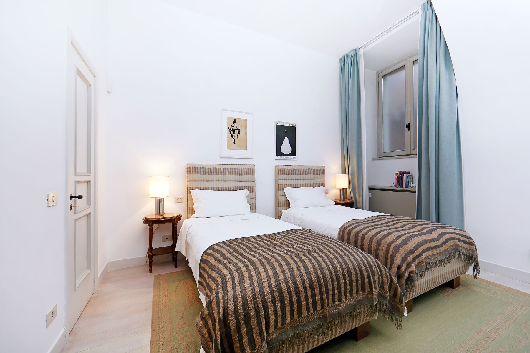 Additional photo for property listing at Splendid palace on 7 floor at the heart of Rome Rome, Rome Italien