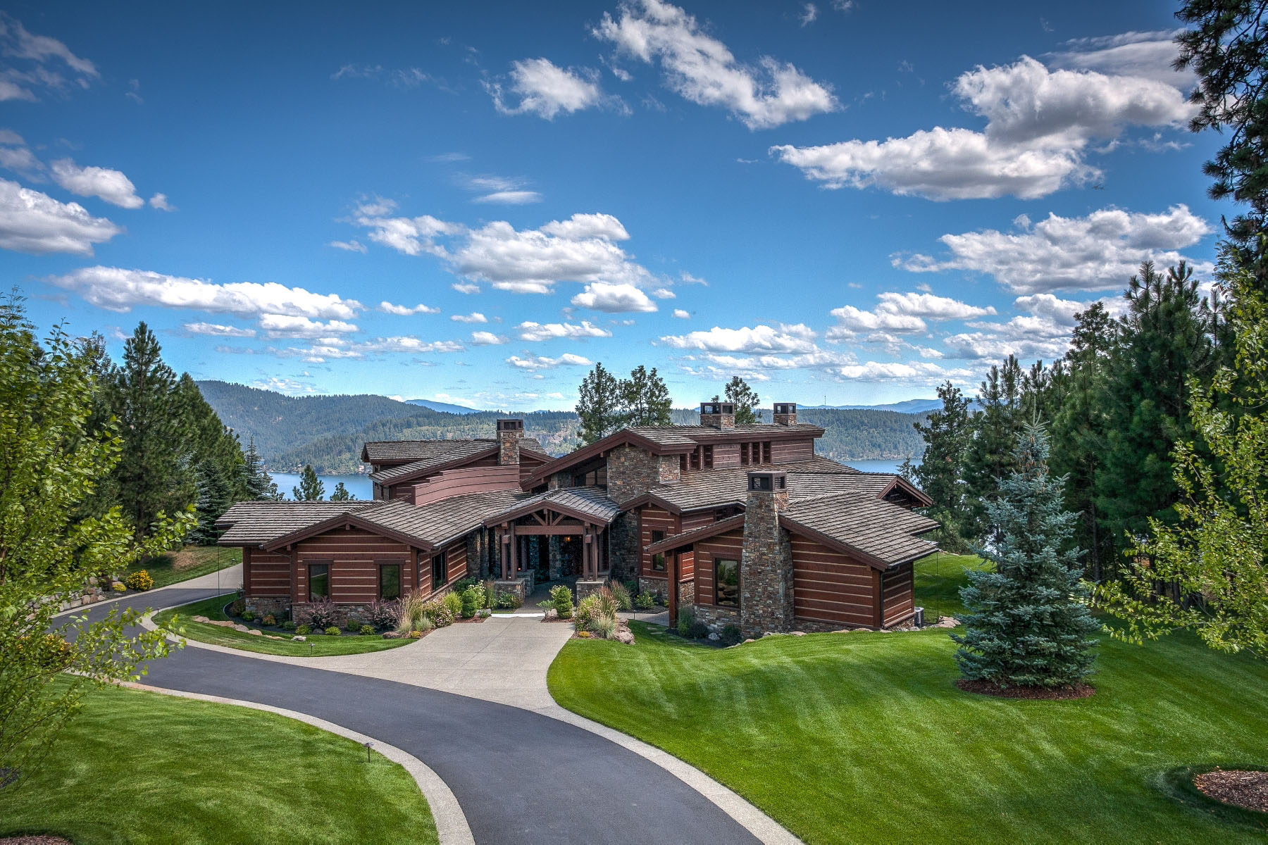 Single Family Home for Sale at Contemporary Mountain Style 6252 W Platinum Dr Coeur D Alene, Idaho, 83814 United States