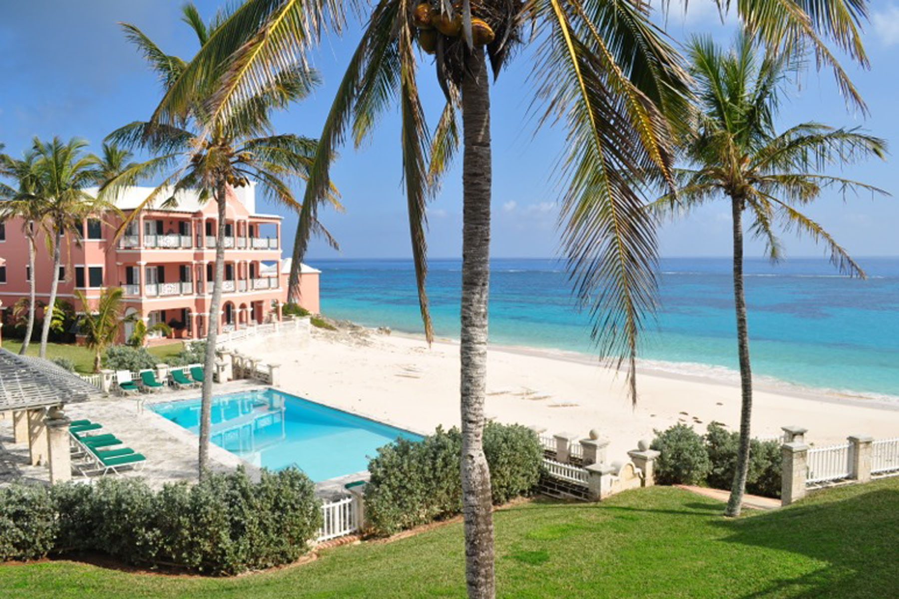 Villa per Vendita alle ore Hidden Cove - Windsong Upper West 7 Hidden Cove Road Smiths, HS01 Bermuda