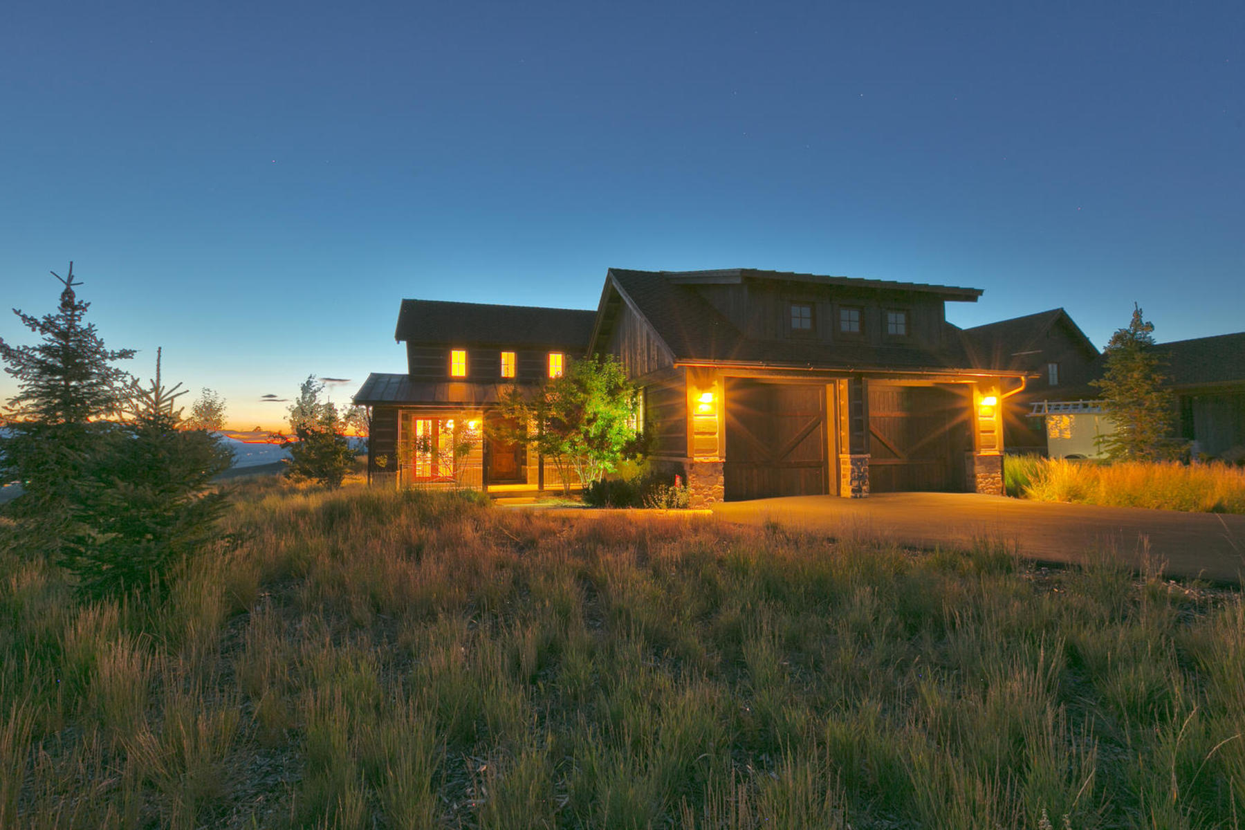 Maison unifamiliale pour l Vente à Furnished Cabin with Deer Valley and Park City Views 8216 Western Sky Park City, Utah, 84098 États-Unis