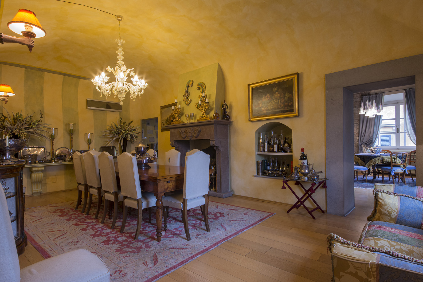 Additional photo for property listing at Marvelous apartment on the Lungarno of Pisa Pisa, Pisa Italia