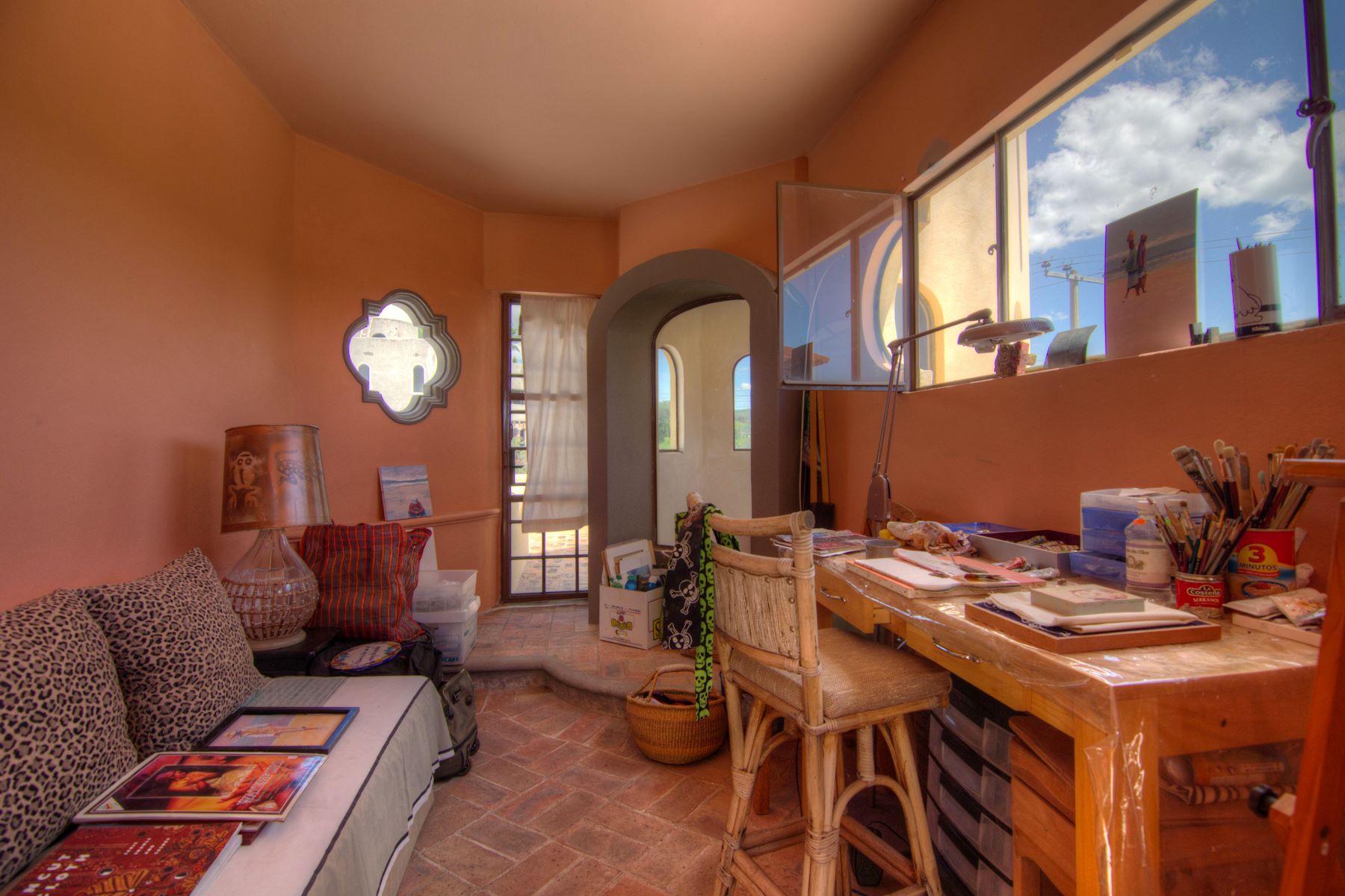Additional photo for property listing at Casa Candelaria Los Frailes, San Miguel De Allende, Guanajuato Mexico