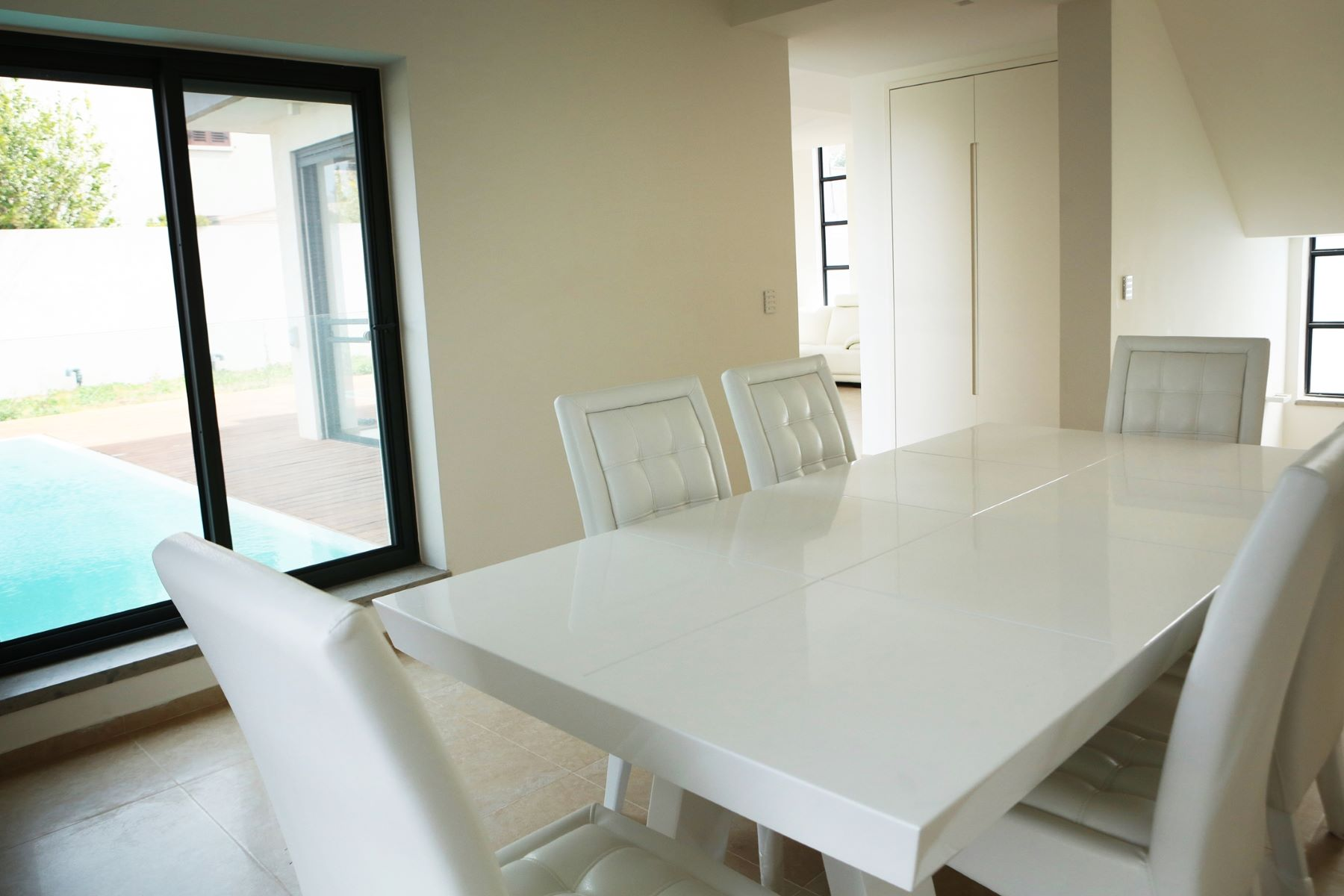 Additional photo for property listing at Exquisite Classic Style Villa in Caesarea  Caesarea, Israel 308890 Israel
