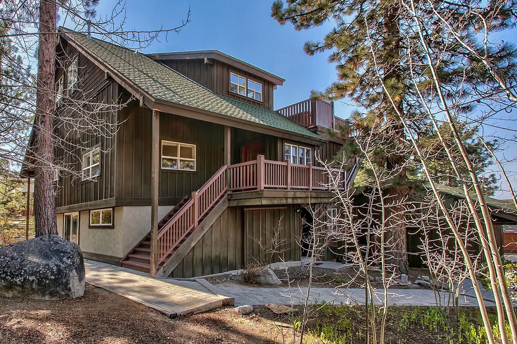 Single Family Homes for Active at 3802 Lucinda Court South Lake Tahoe, California 96150 United States