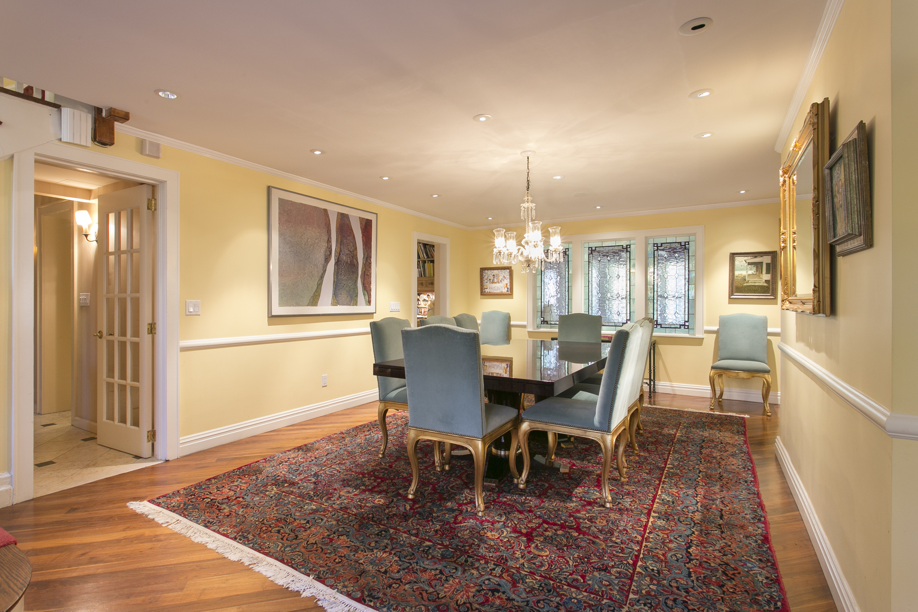 """Additional photo for property listing at """"A HOME FOR ALL SEASONS"""" 229 Greenway South, Forest Hills Gardens, 森林山, 纽约州 11375 美国"""