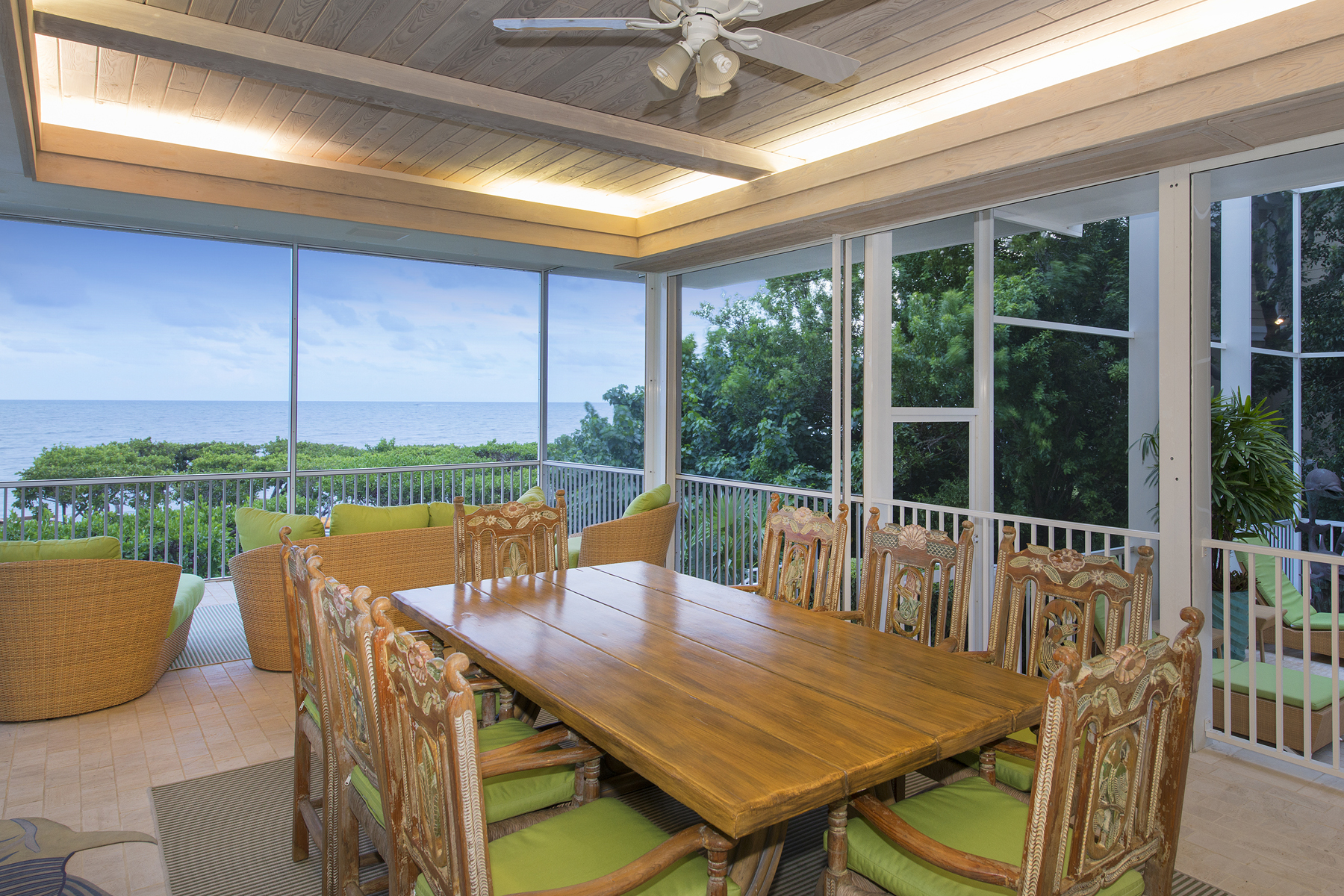 Additional photo for property listing at Captivating Ocean Front Views at Ocean Reef 15 Sunrise Cay Drive Key Largo, Florida 33037 Vereinigte Staaten