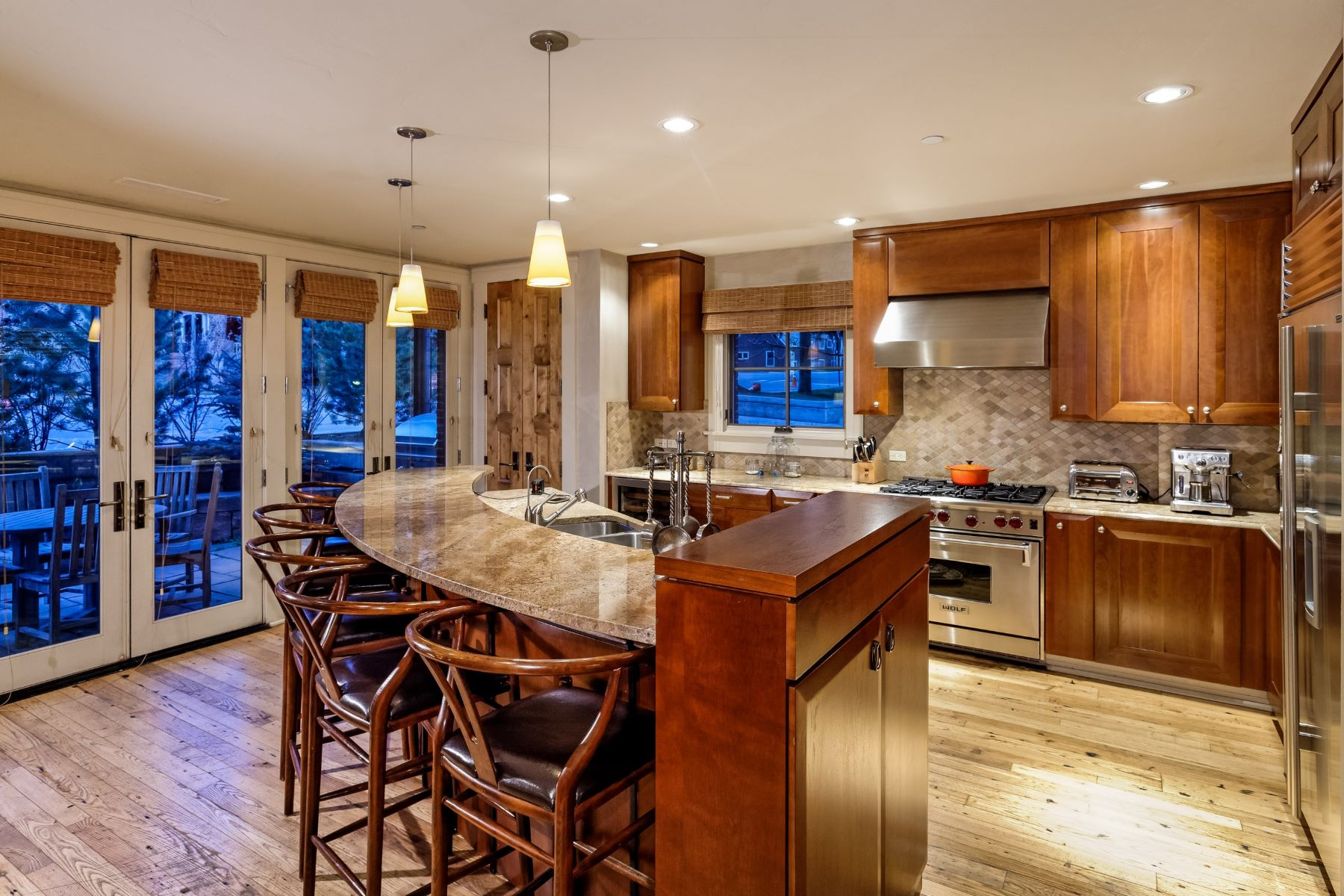 Additional photo for property listing at Convenient Location At Obermeyer Place 101 N Spring Street Unit #103 Aspen, Colorado 81611 United States
