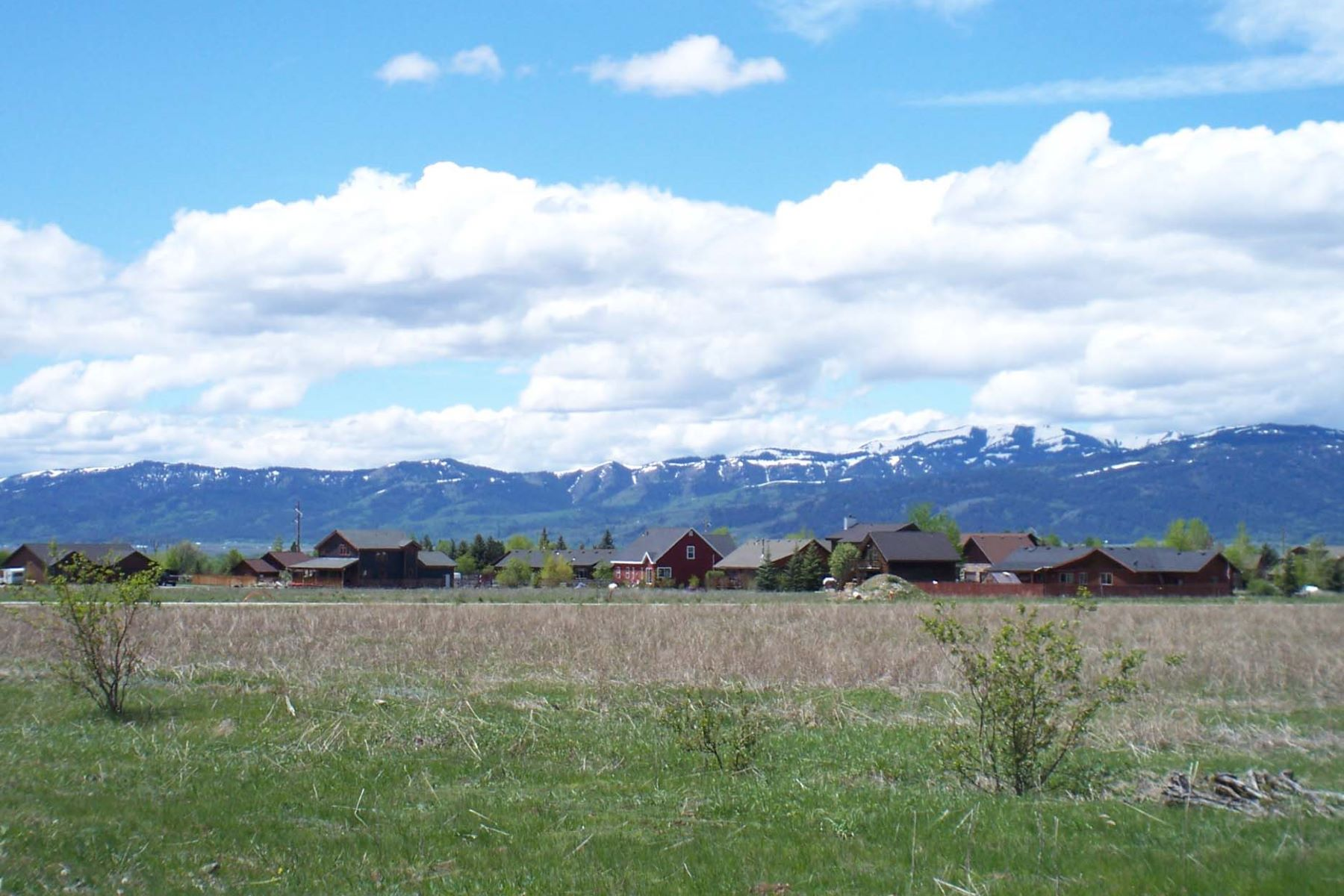 Terrain pour l Vente à 40 acres in Downtown Driggs-Water rights XE Ross Ave and Booshway Street Driggs, Idaho, 83422 Jackson Hole, États-Unis
