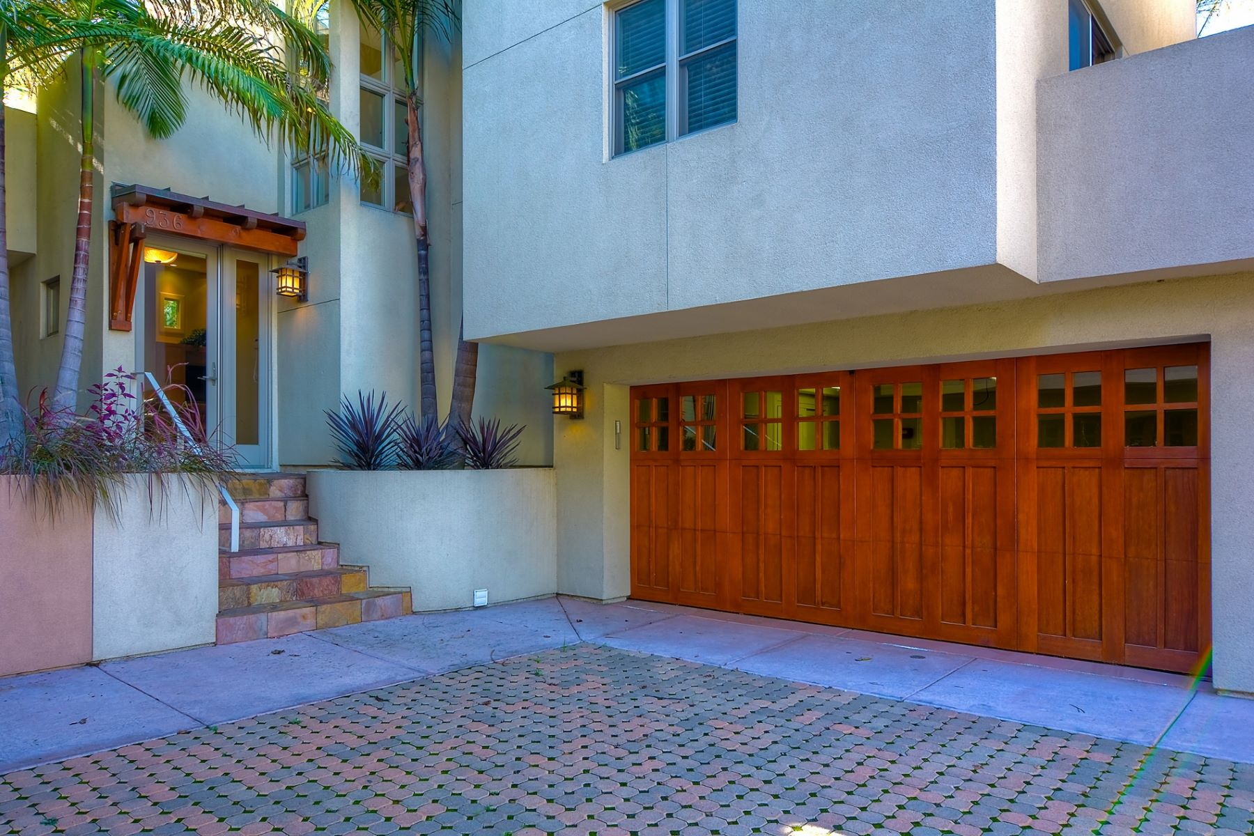 Additional photo for property listing at 936 10th Street  Coronado, Californie 92118 États-Unis